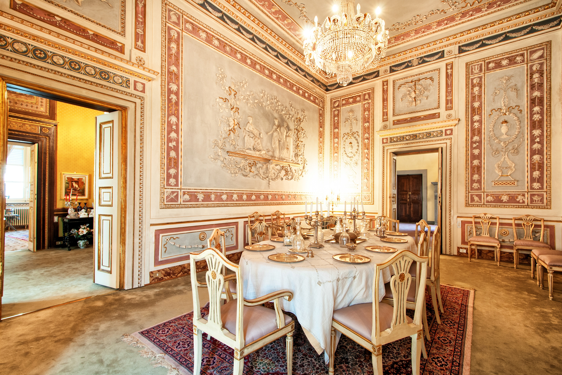 Apartment for Sale at Elegant apartment in historical building Centro Storico, Lucca, Lucca Italy