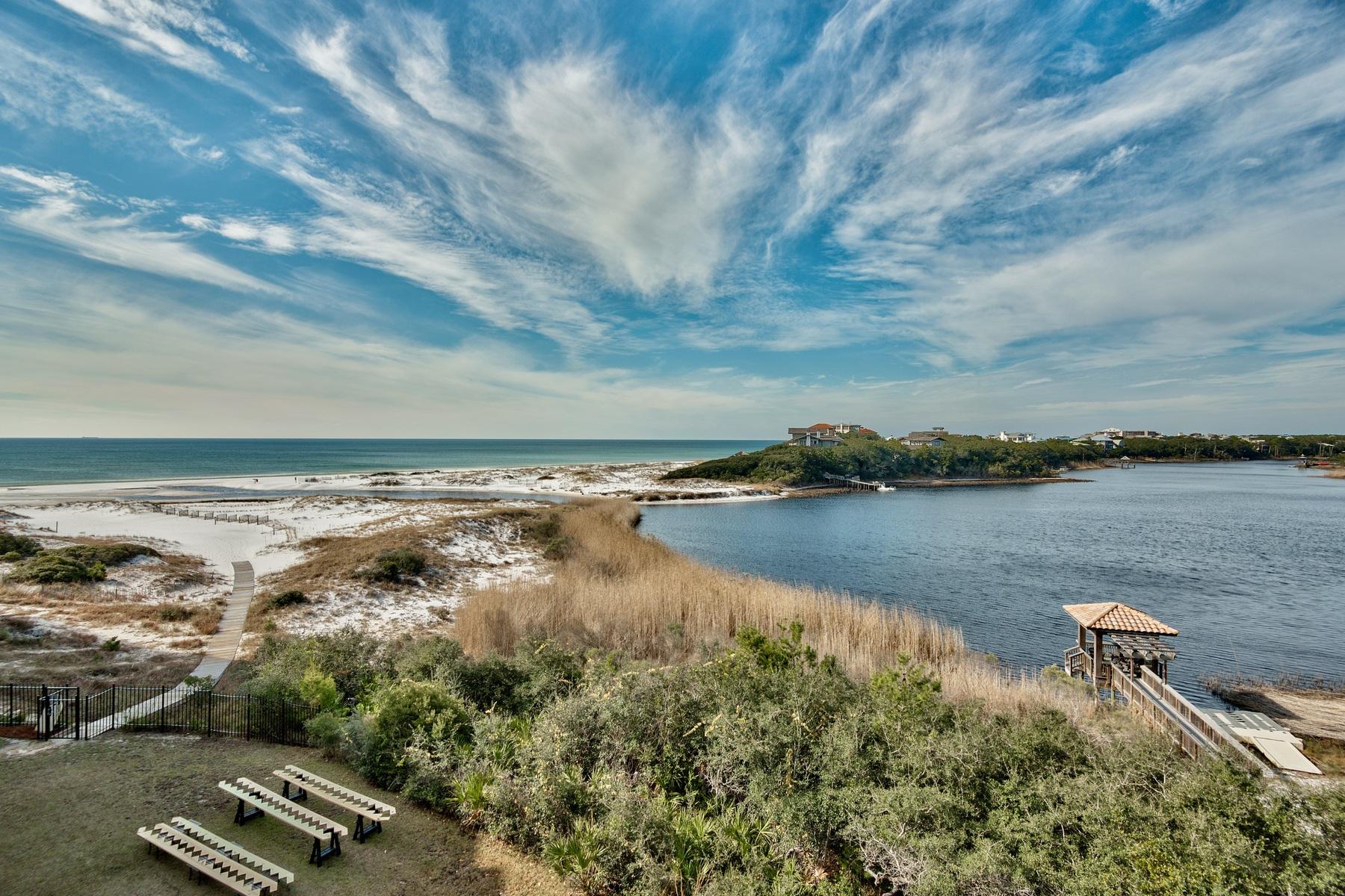 콘도미니엄 용 매매 에 CONTEMPORARY STYLE IN A CAPTIVATING WORLD CLASS CONDO 1363 W County Highway 30A 3121 Santa Rosa Beach, 플로리다, 32459 미국