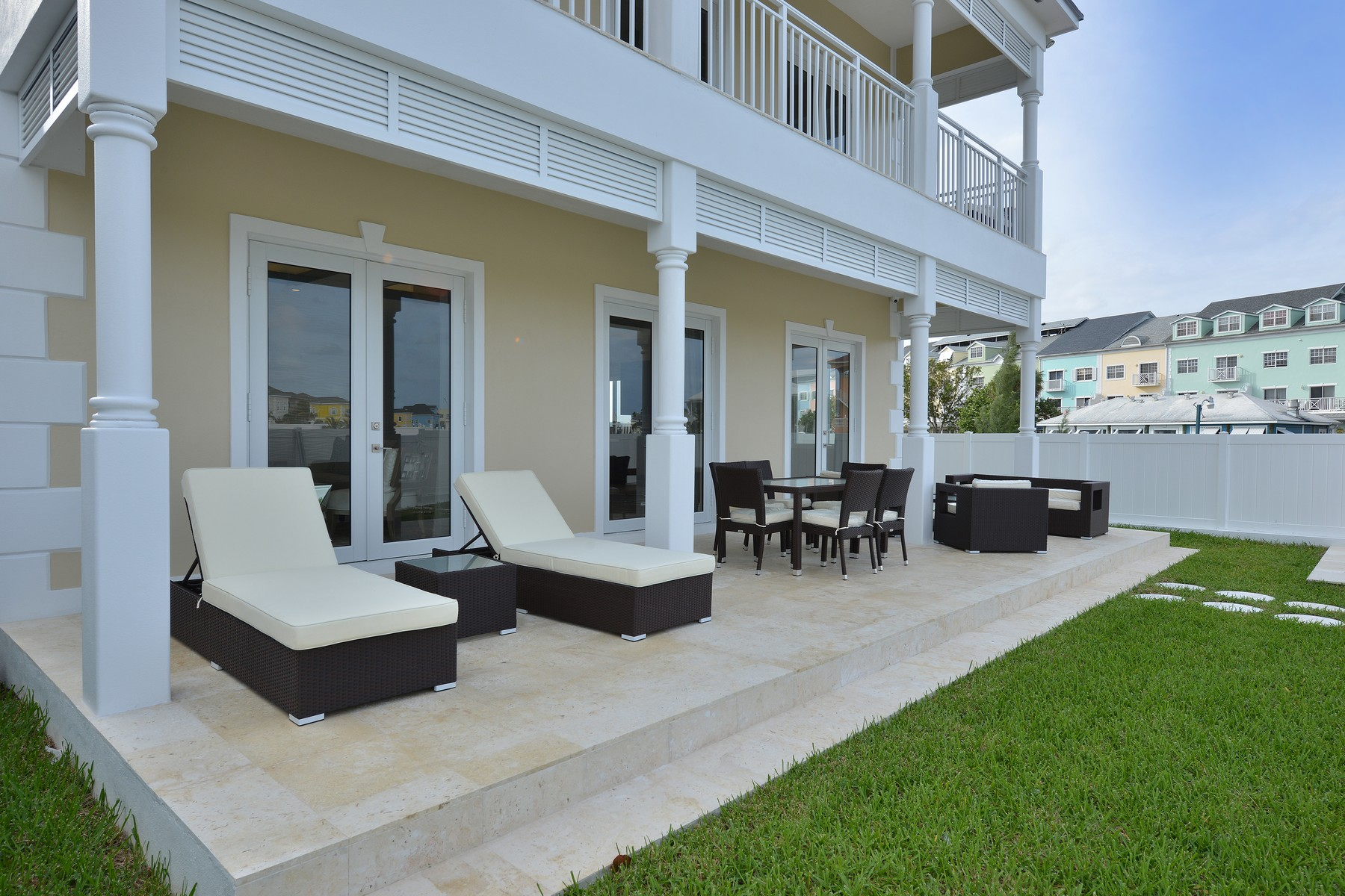 Additional photo for property listing at Kingfisher Island, Sandyport Sandyport, Cable Beach, Nassau And Paradise Island Bahamas