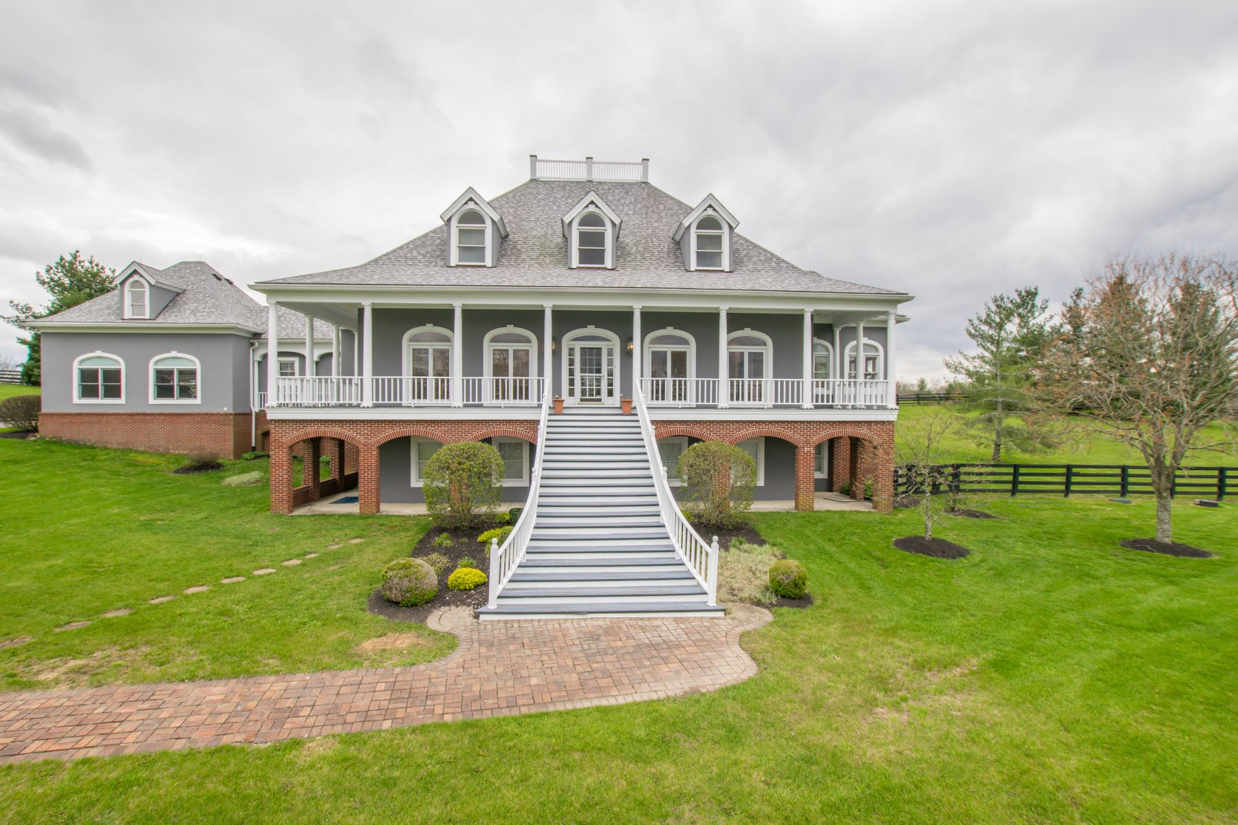 Single Family Home for Sale at 10260 Shelbyville Road Simpsonville, Kentucky 40067 United States