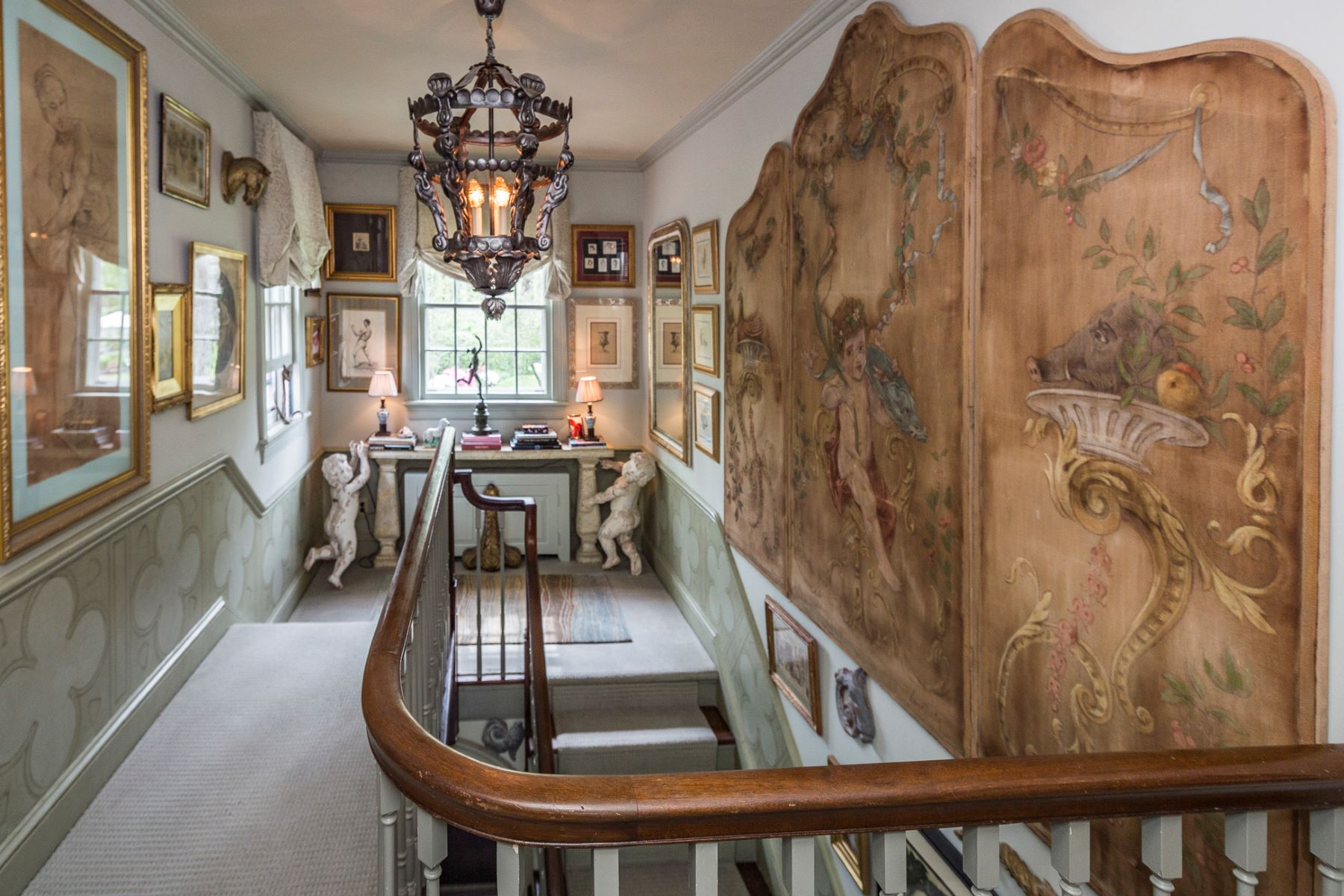 Additional photo for property listing at Bespoke Finishes, And A Designer's Touch - Lawrence Township 4574 Province Line Rd Princeton, New Jersey 08540 États-Unis