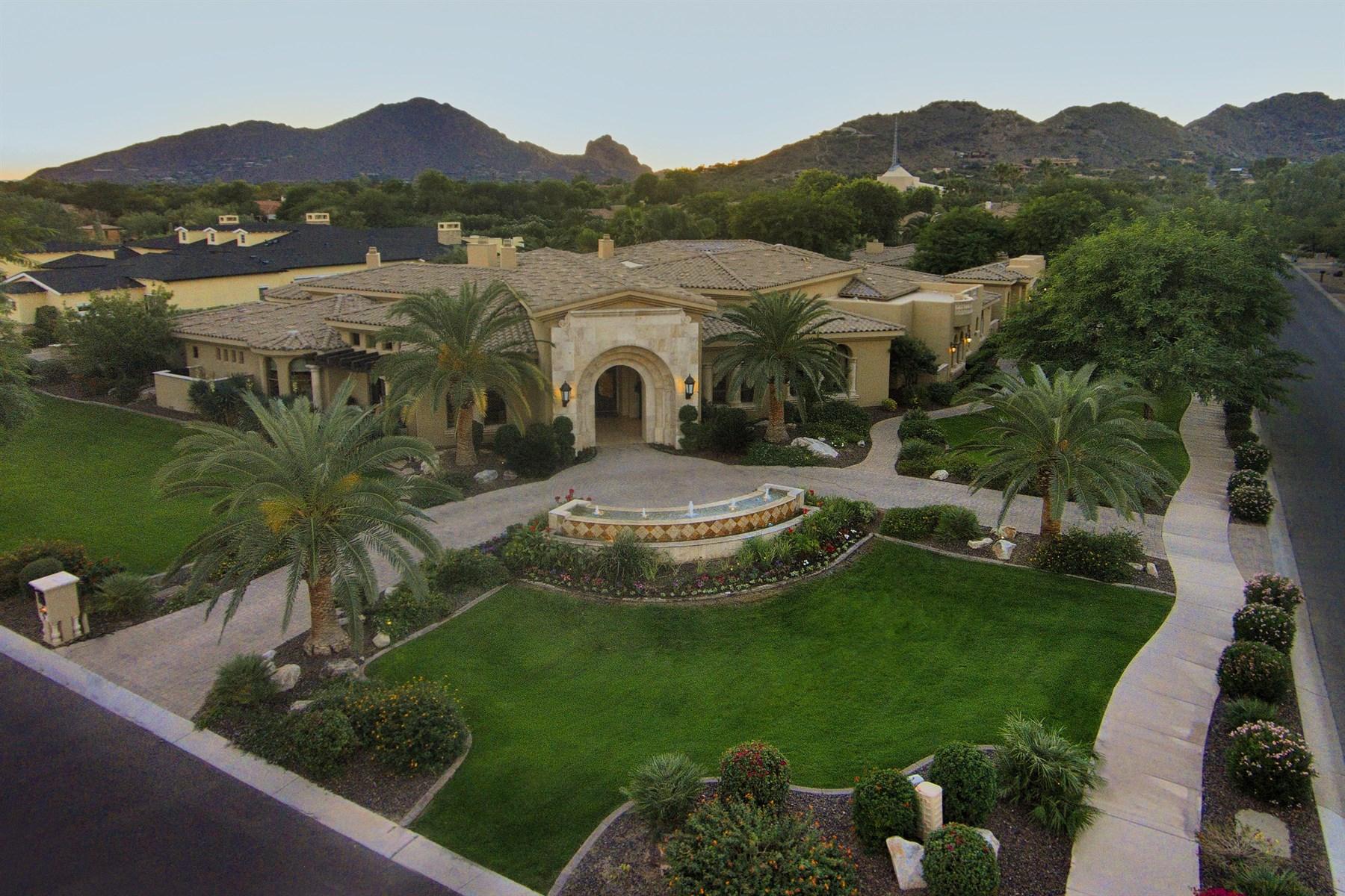 Casa Unifamiliar por un Venta en World-Class Architectural Ed Chavez Residence On Estate Size Lot 7170 N 69th Place Paradise Valley, Arizona, 85253 Estados Unidos