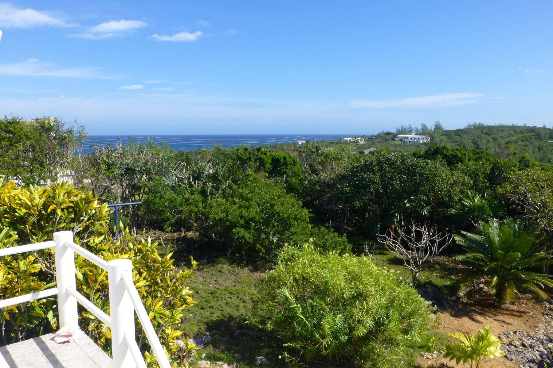 Additional photo for property listing at Rainbows End Rainbow Bay, Eleuthera Bahamas