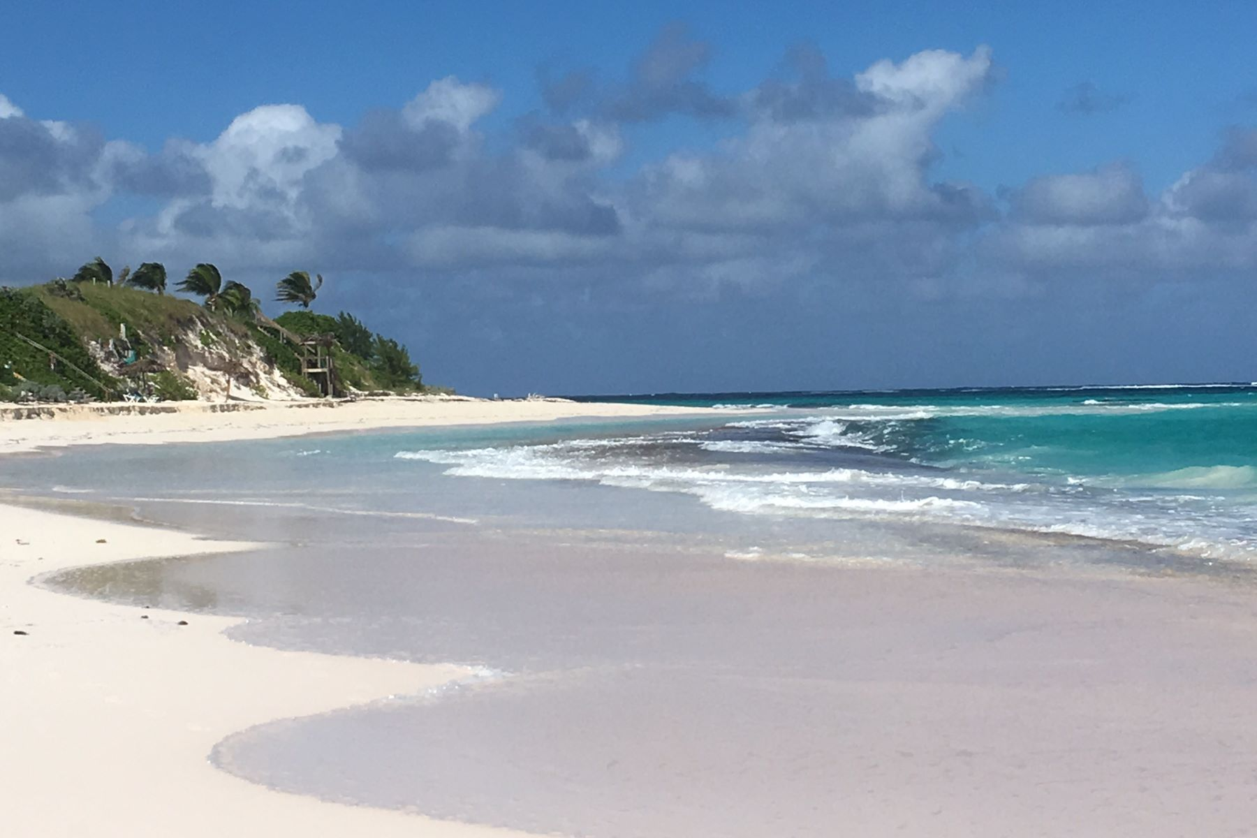 Additional photo for property listing at Bahama Mama Governors Harbour, Eleuthera Bahamas