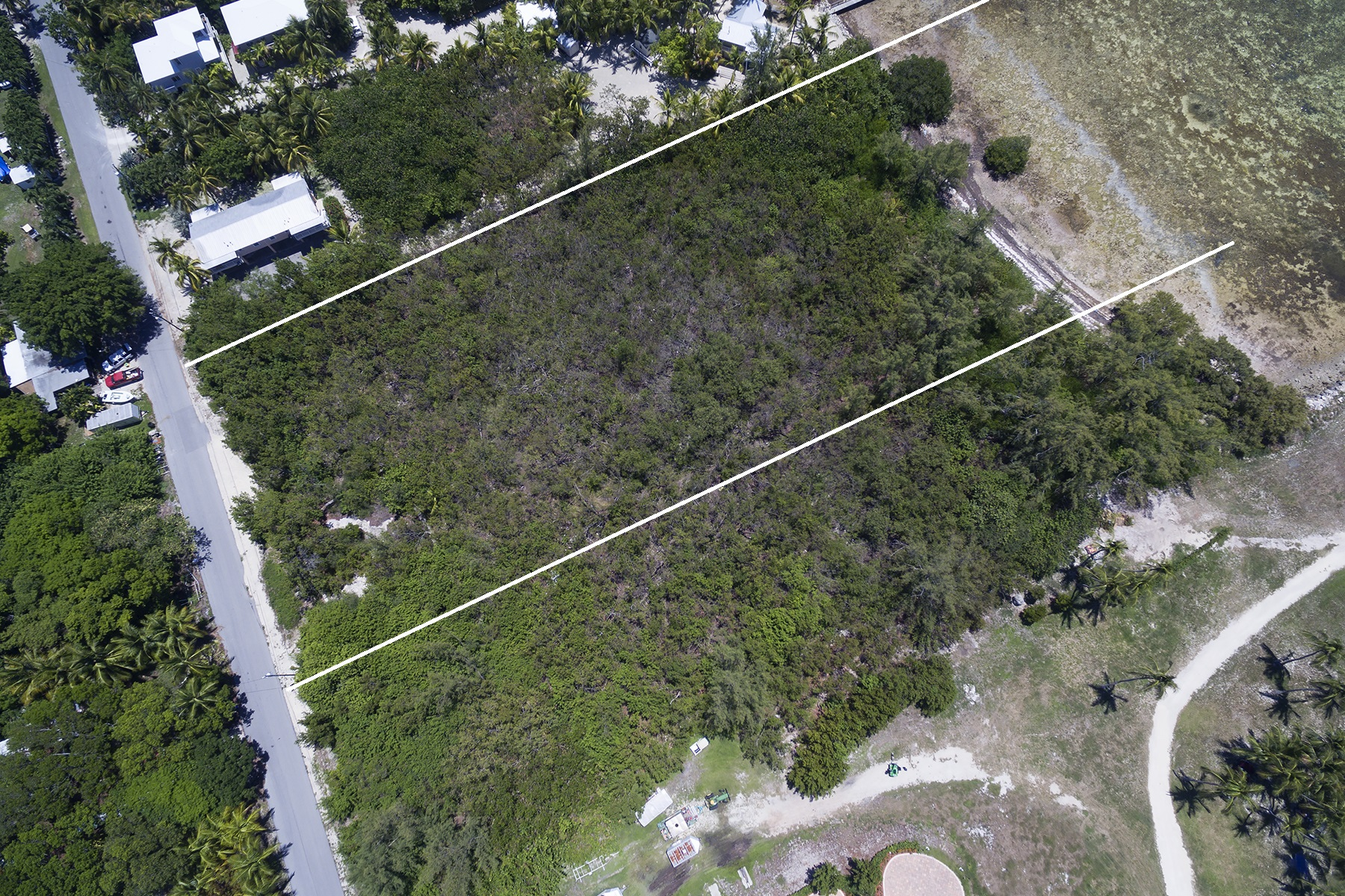Additional photo for property listing at Oceanfront Parcel 177 Carroll Street Islamorada, Florida 33036 Hoa Kỳ