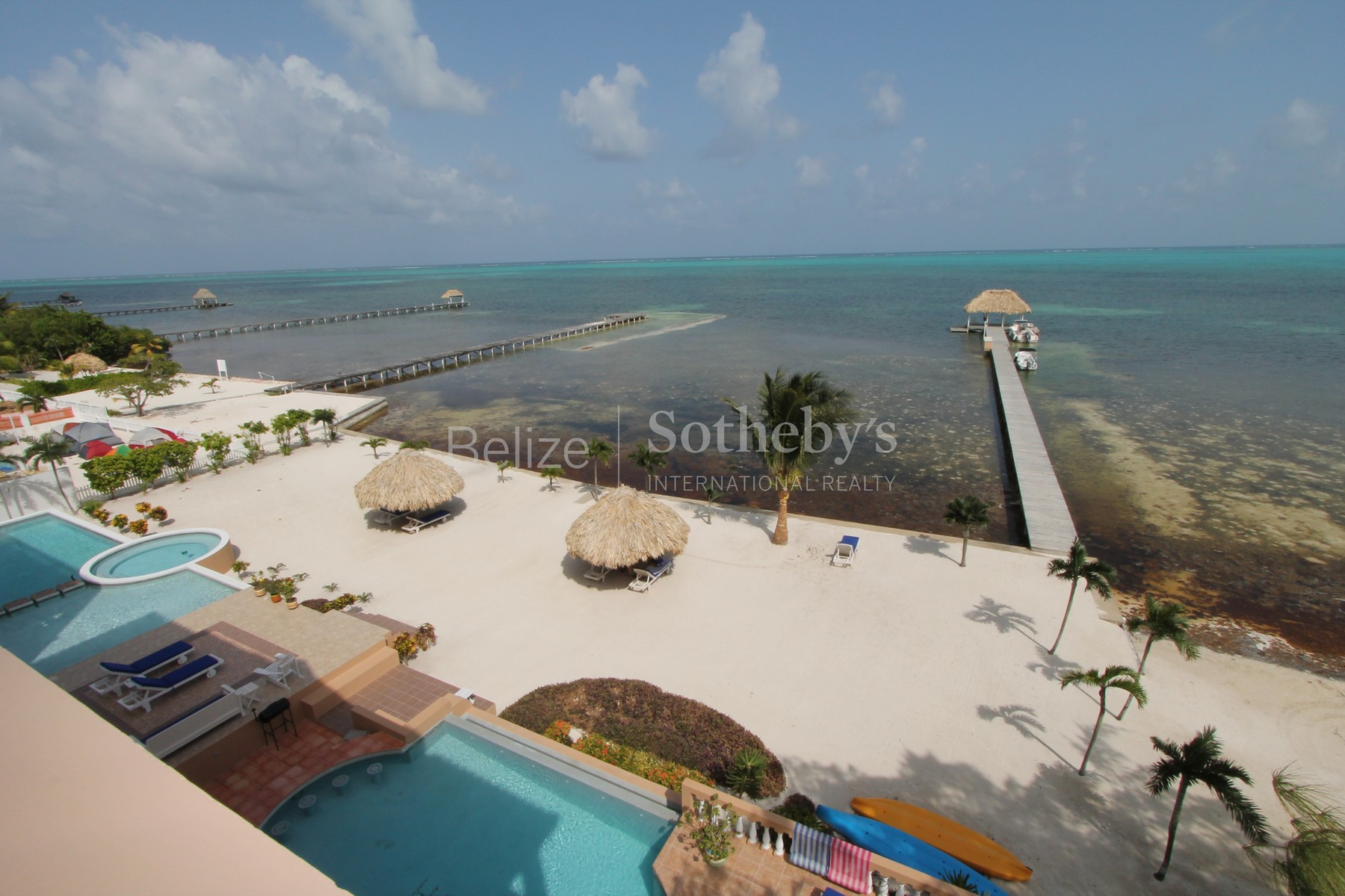 Additional photo for property listing at 4th Floor Luxury Penthouse Located at Hol Chan Reef Resort!!! 圣佩德罗城, 安伯格里斯岛 伯利兹