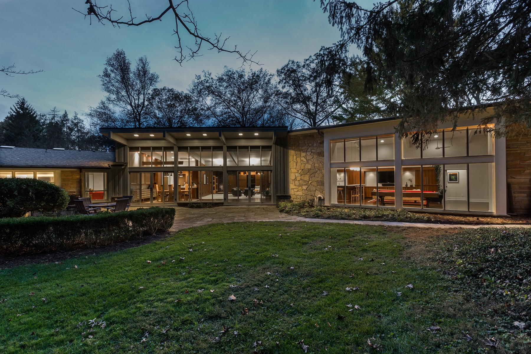 獨棟家庭住宅 為 出售 在 A Work of Art 215 Williams Drive Indianapolis, 印第安那州, 46260 美國