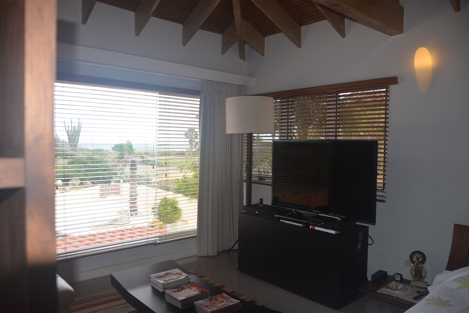 Additional photo for property listing at Delightful renovated Villa Malmok, 阿鲁巴 阿鲁巴岛