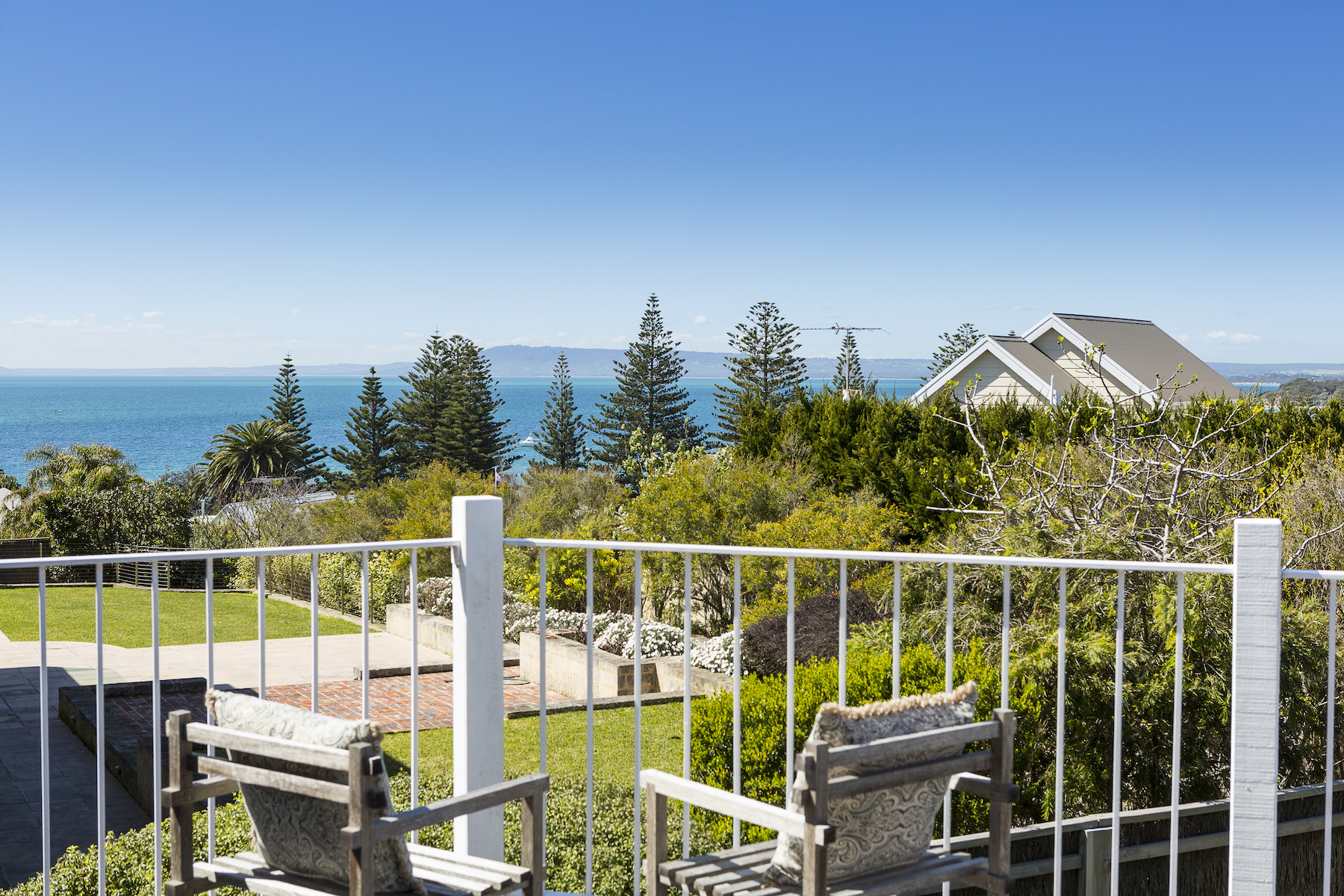 Частный односемейный дом для того Продажа на 13 Cooper Grove, Sorrento Sorrento, Victoria, 3943 Австралия