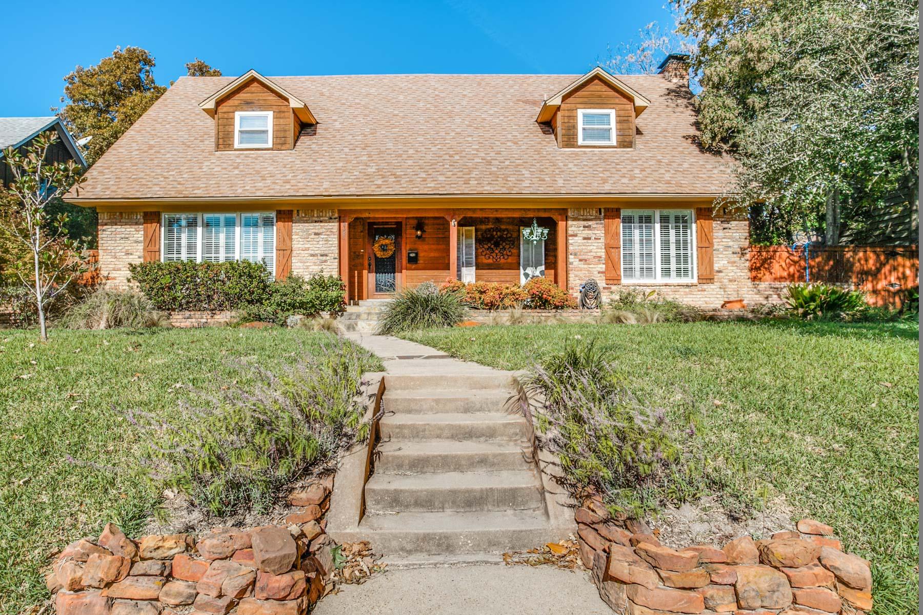Casa para uma família para Venda às 9321 Springwater Drive Dallas, Texas, 75228 Estados Unidos