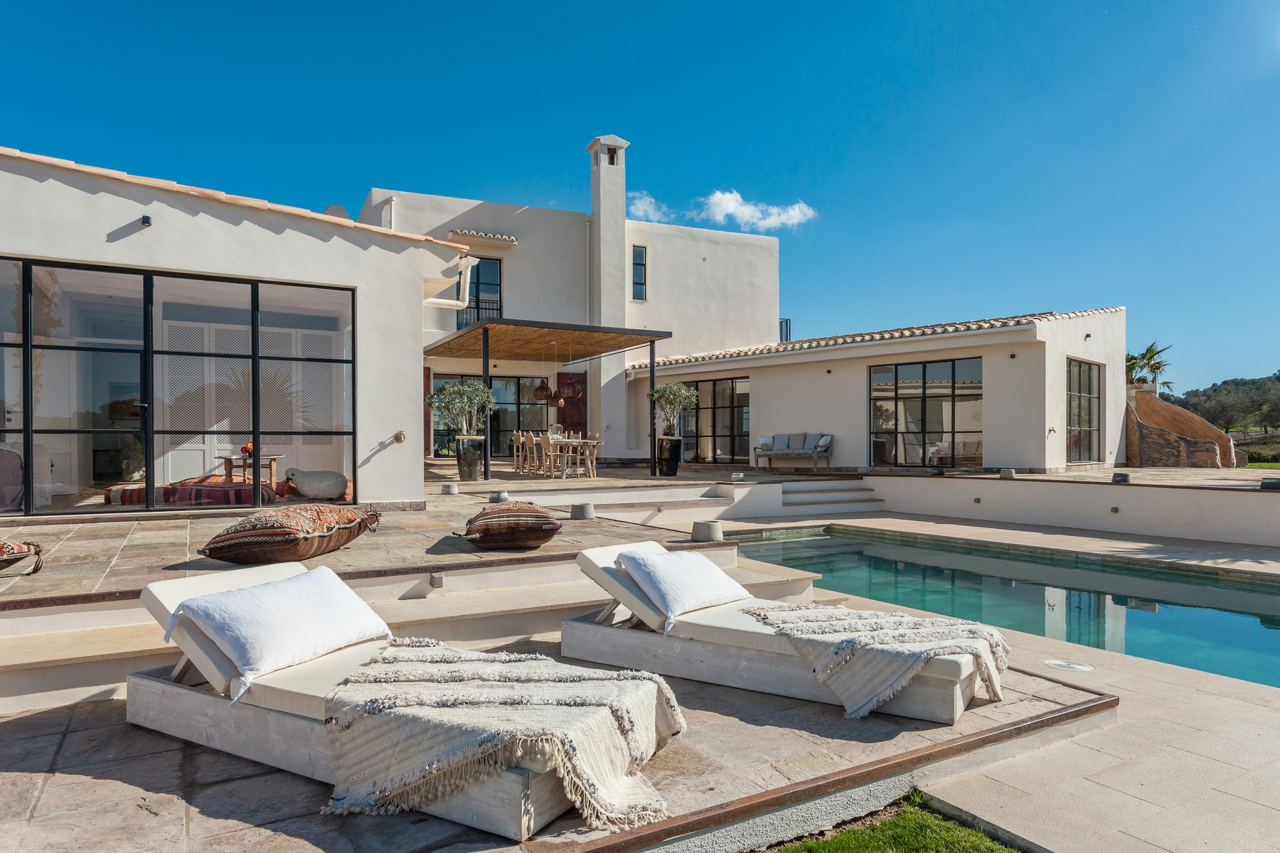 Single Family Home for Sale at Country estate with 360º views in Porreres Llucmajor, Mallorca, 07260 Spain