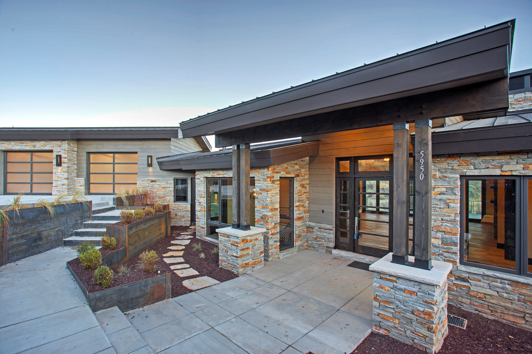 Maison unifamiliale pour l Vente à New Construction Mountain Modern meets the Western Dream 5950 Caddis Cir Heber City, Utah, 84032 États-Unis