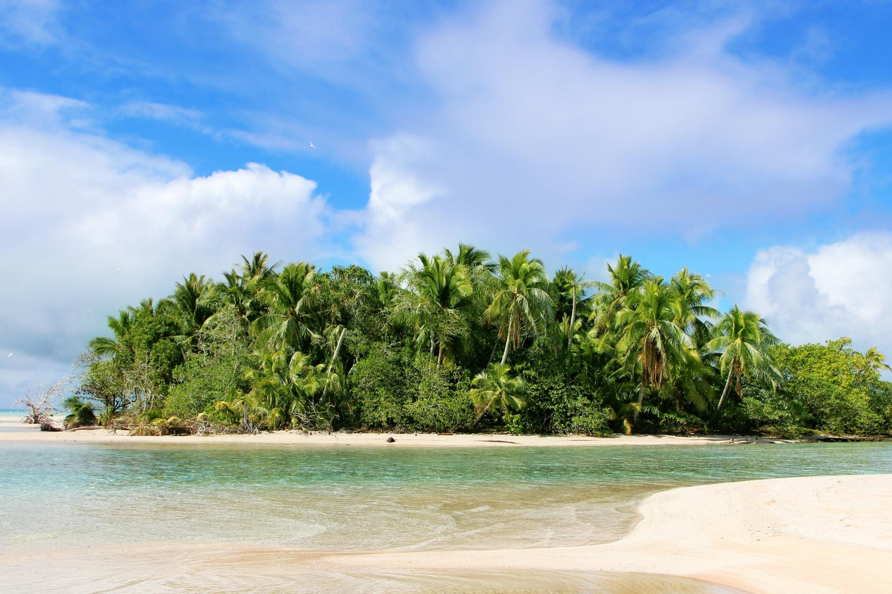 جزيرة خاصة للـ Sale في Captivating Islet Motu Matatahi, Rangiroa, 98775 French Polynesia