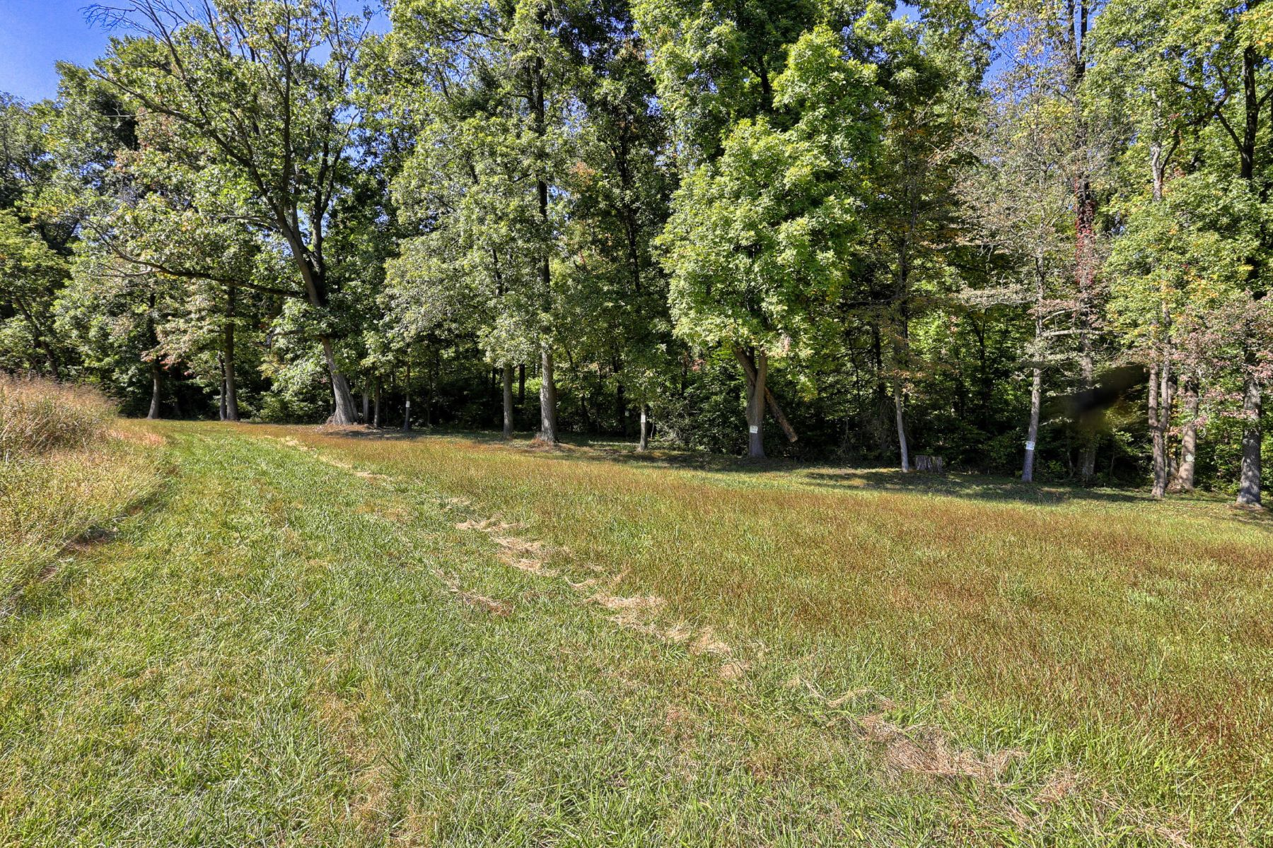 Additional photo for property listing at Hilldale Estates 8 Joann Lane lot 4 Pequea, 宾夕法尼亚州 17565 美国
