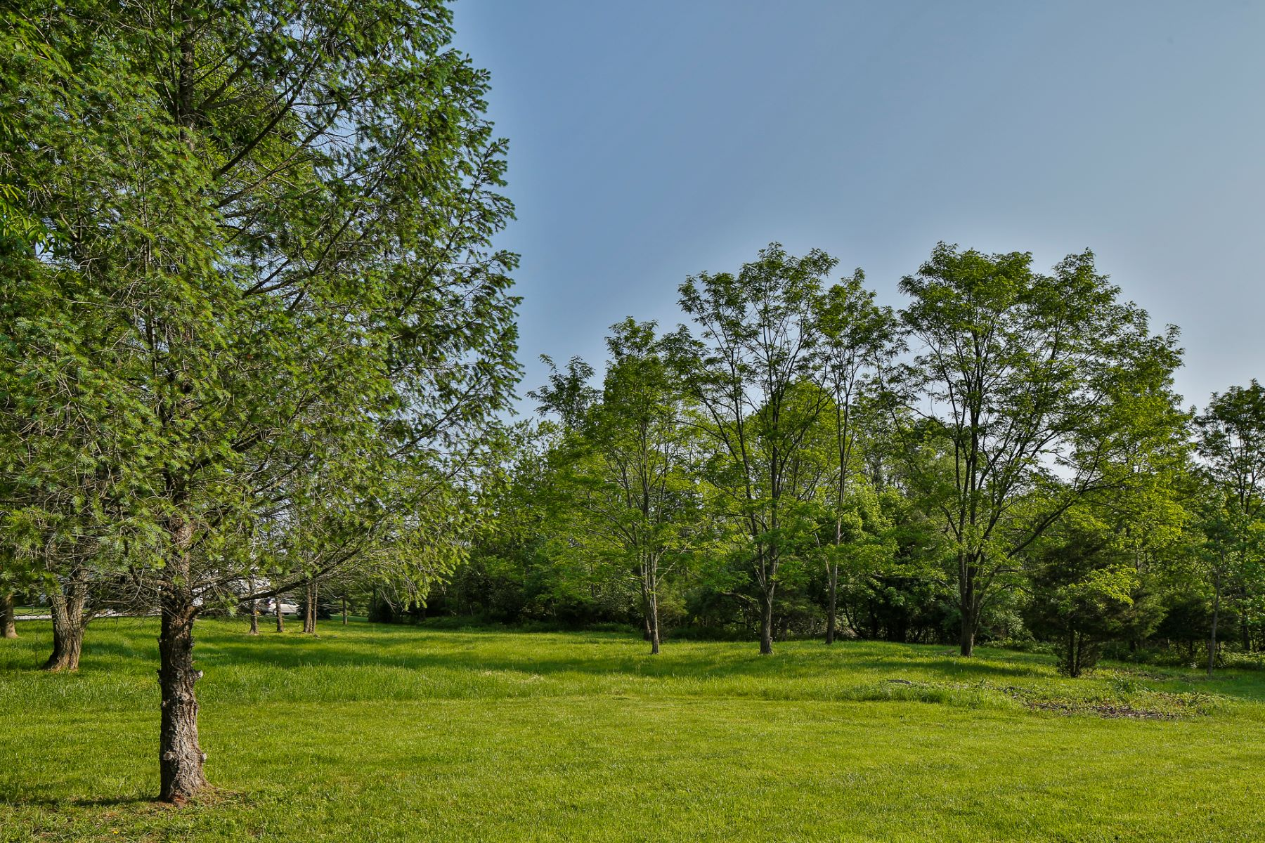 Land for Sale at Ready to Build Lot in Lawrence Township 16 Buckingham Drive Princeton, New Jersey 08540 United States