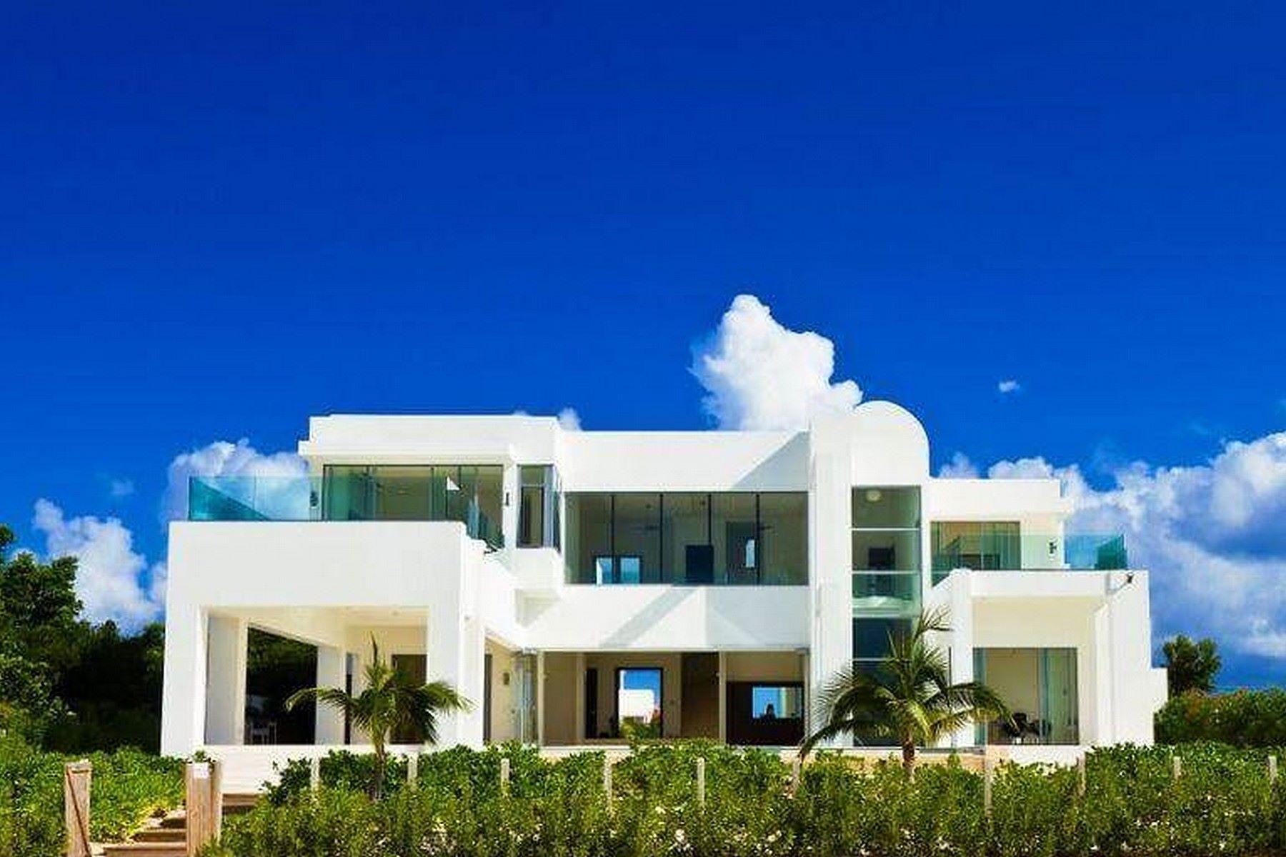 Maison unifamiliale pour l Vente à The Beach House + Meads Bay Meads Bay, AI 2640 Anguilla