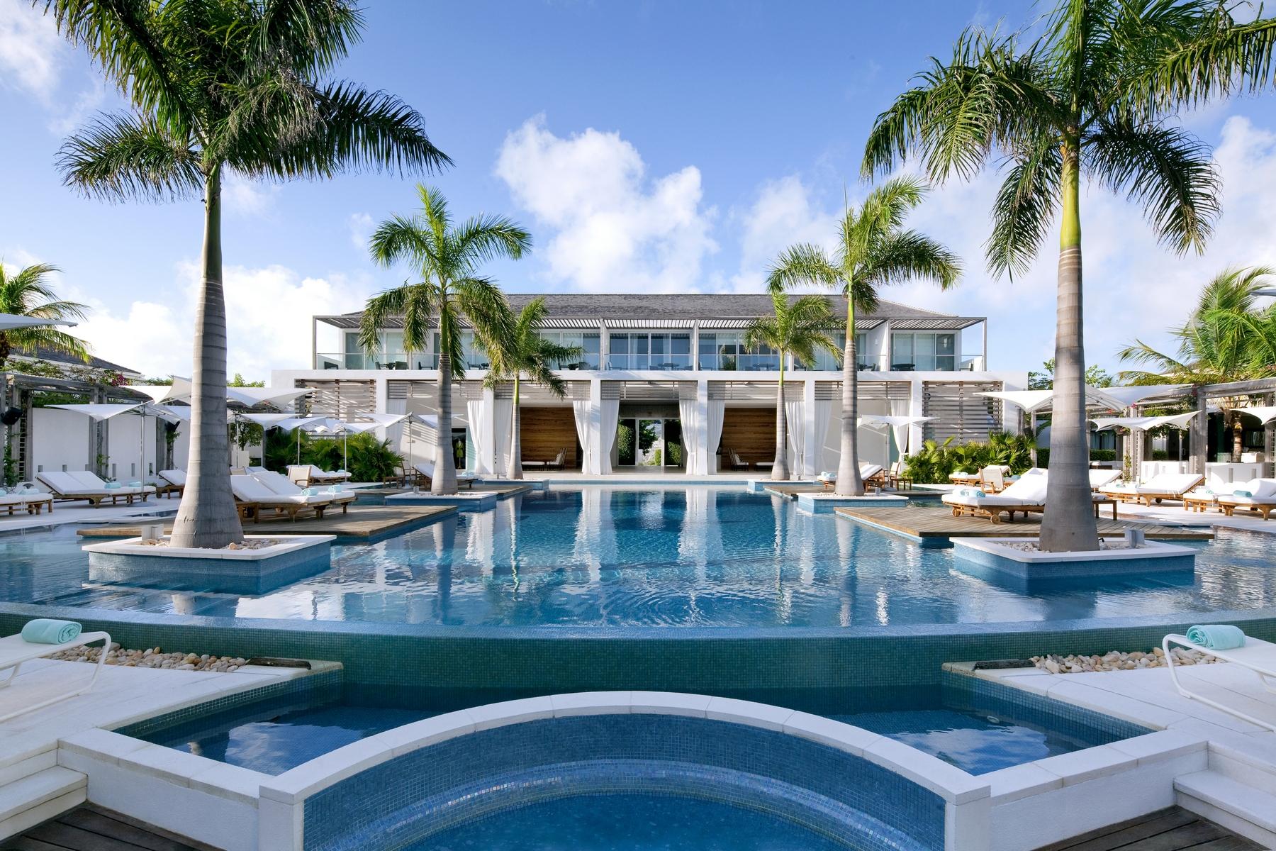 Additional photo for property listing at Gansevoort Villa - 5 Bedroom Design Waterfront Turtle Tail, 普罗维登夏 TCI 特克斯和凯科斯群岛