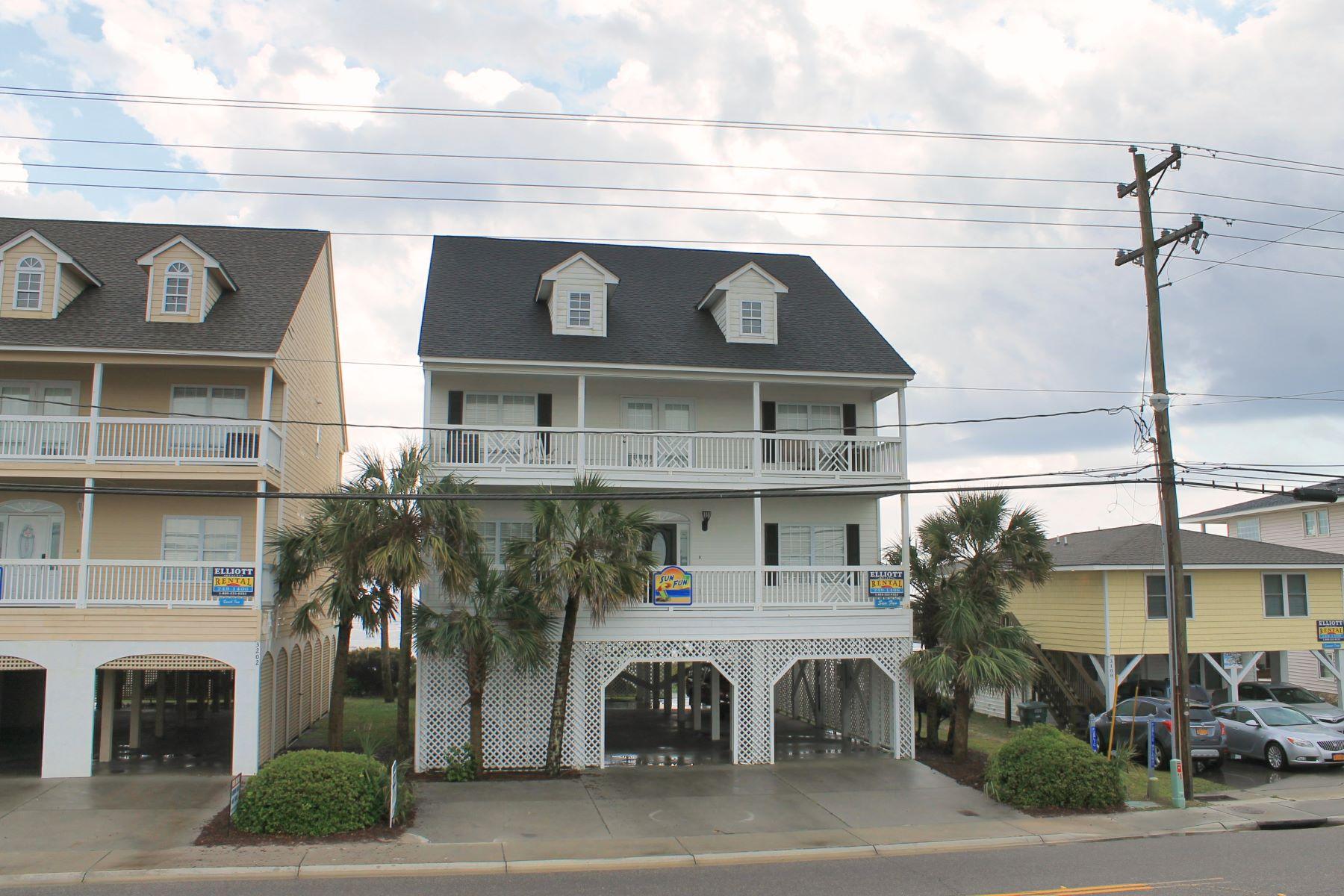 独户住宅 为 销售 在 Harmonious Beachfront Home 3200 N Ocean Blvd North Myrtle Beach, 南卡罗来纳州, 29582 美国