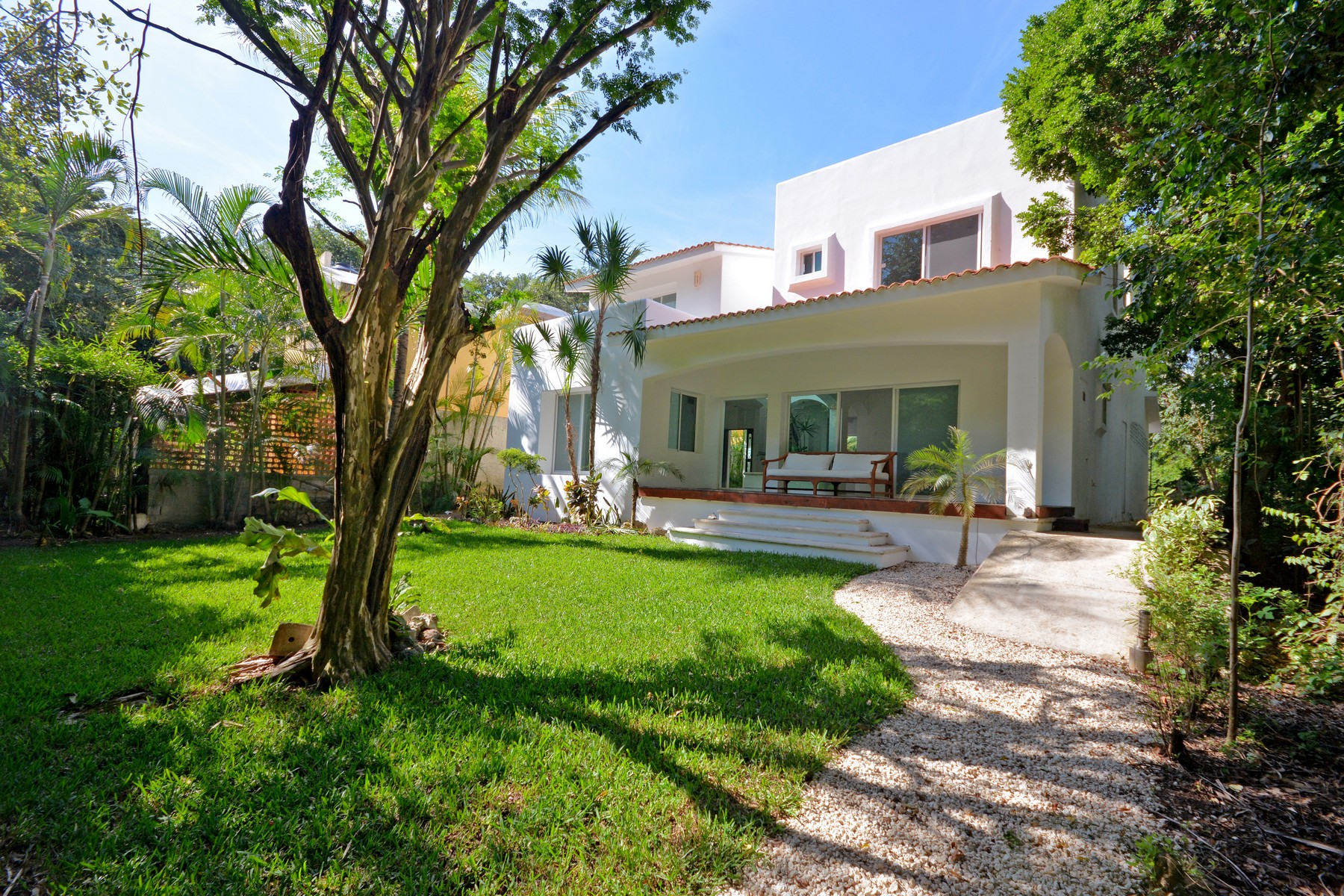 Single Family Home for Sale at CASA MONIQUE Club Real, Playacar Fase II Lote 259 Playa Del Carmen, Quintana Roo 77710 Mexico