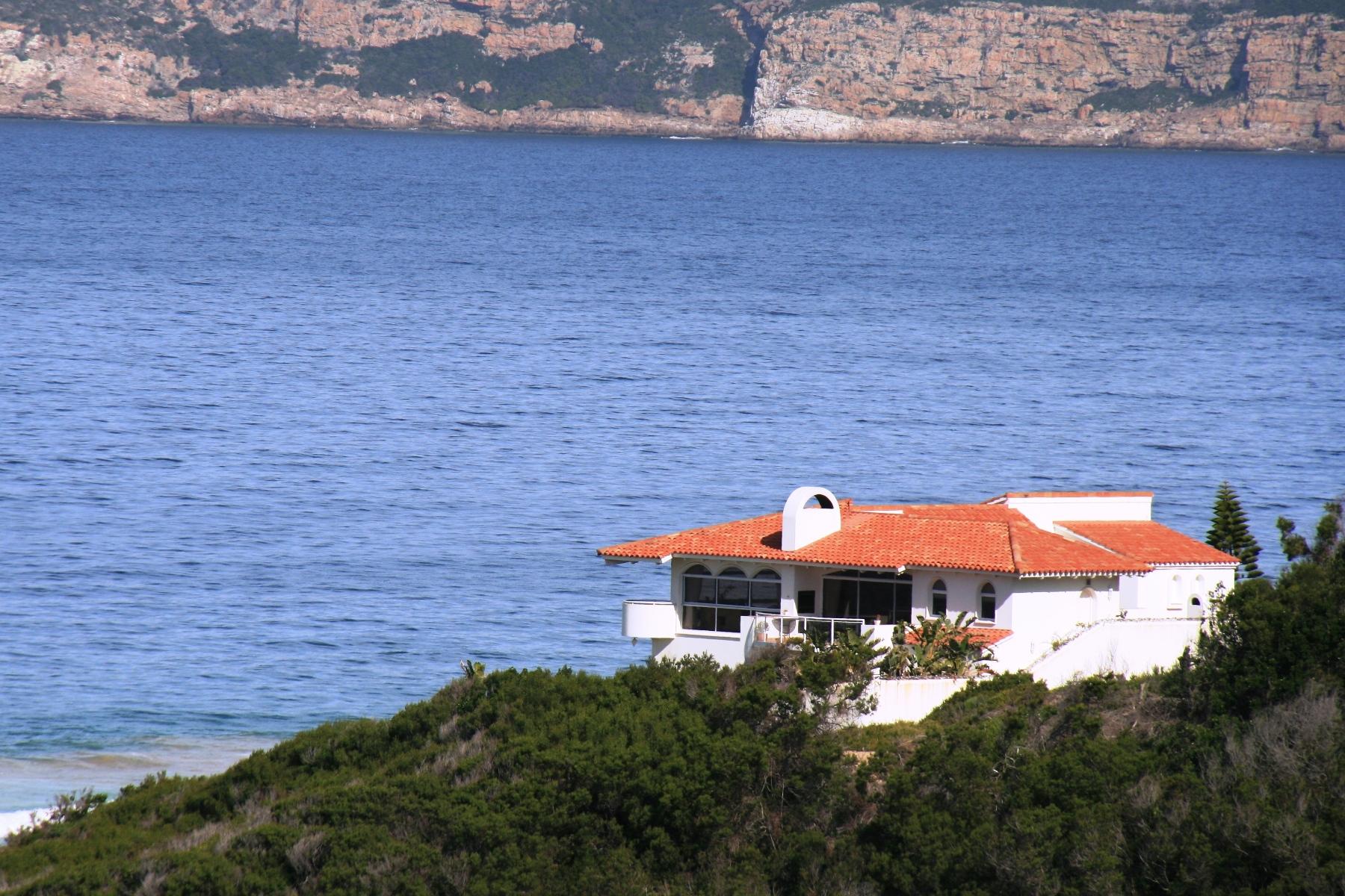 Maison unifamiliale pour l Vente à Beachfront Beachy Head Drive Home Plettenberg Bay, Cap-Occidental, 6600 Afrique Du Sud