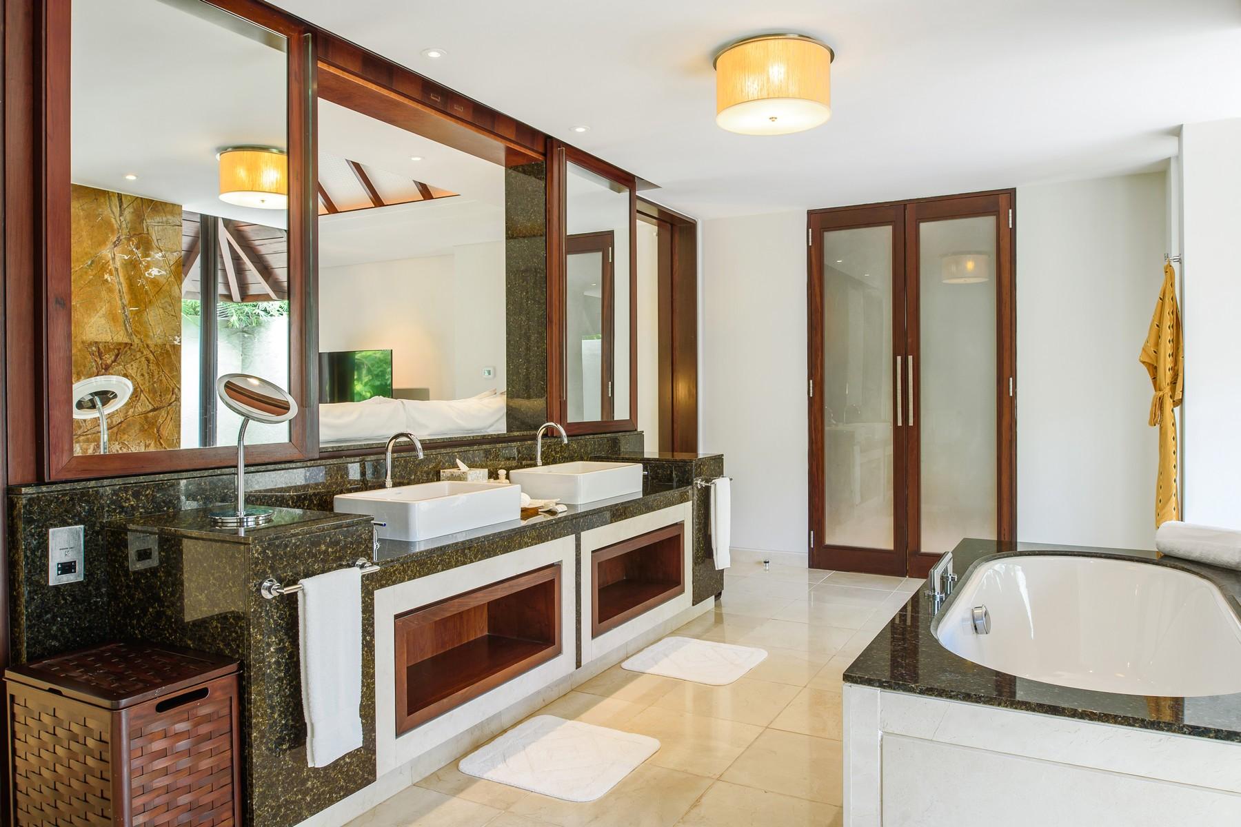 Additional photo for property listing at Villa 215, Four Seasons Private Residence, Anahita Beau Champ, Flacq Mauritius