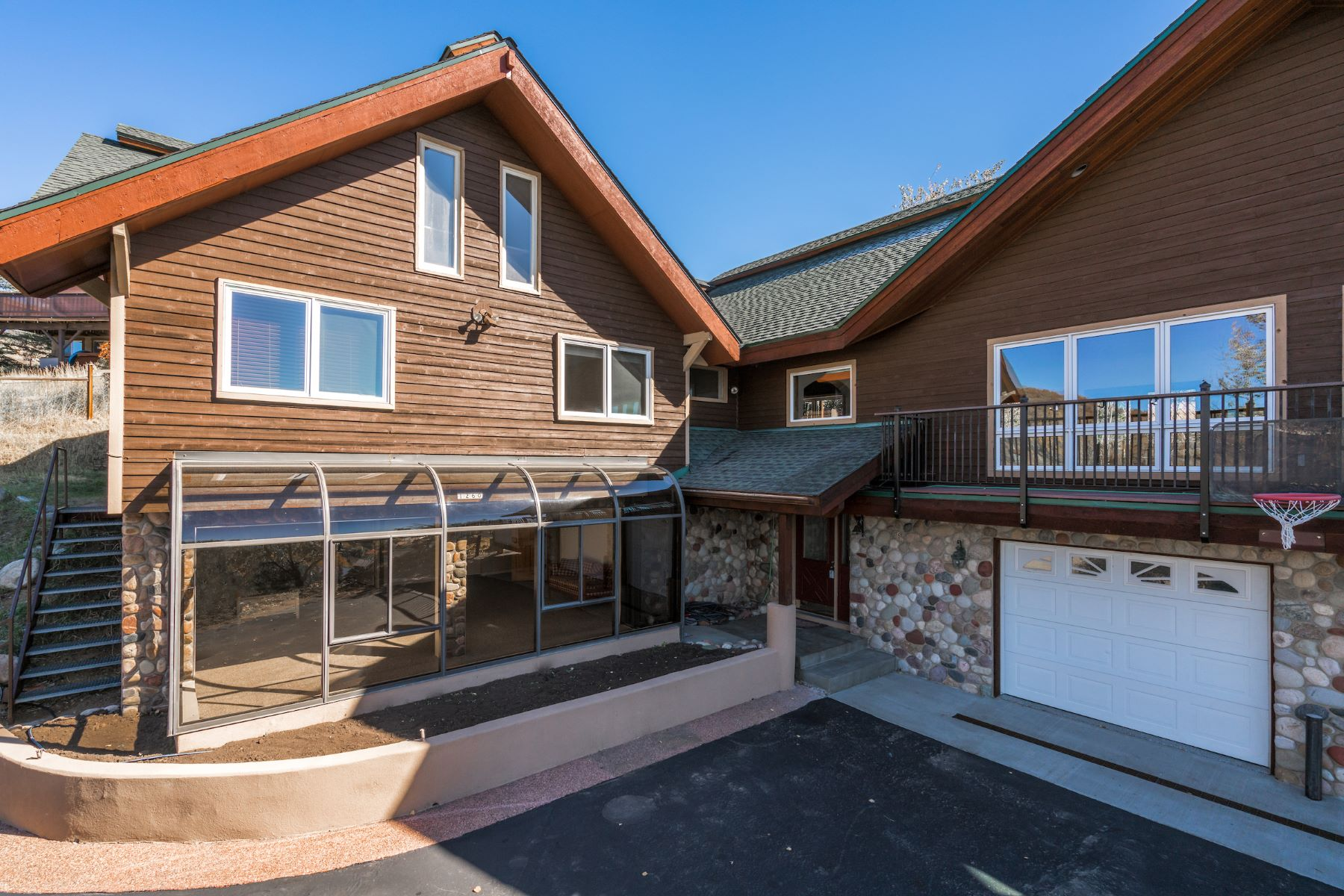 Additional photo for property listing at Downtown View Home 1260 Buckskin Drive Steamboat Springs, Colorado 80487 United States