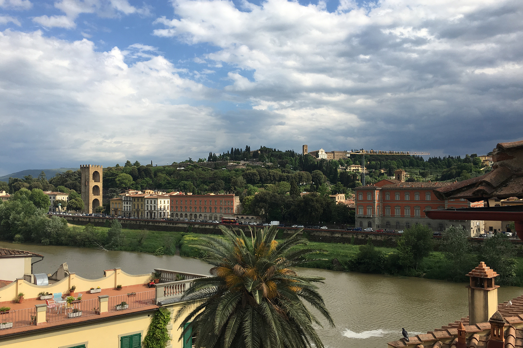 Appartement pour l Vente à Luminous apartment with magnificient views in the center of Florence Corso Tintori Firenze, Florence 50100 Italie