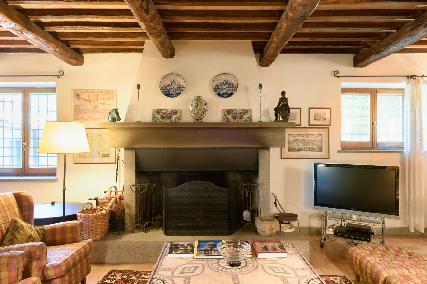 Additional photo for property listing at Charming house overlooking the town of Todi Todi, Perugia Italie