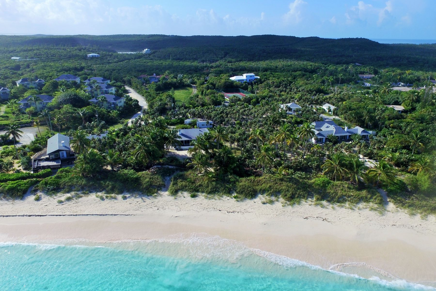 Additional photo for property listing at Banks Road Family Estate Governors Harbour, Eleuthera Bahamas