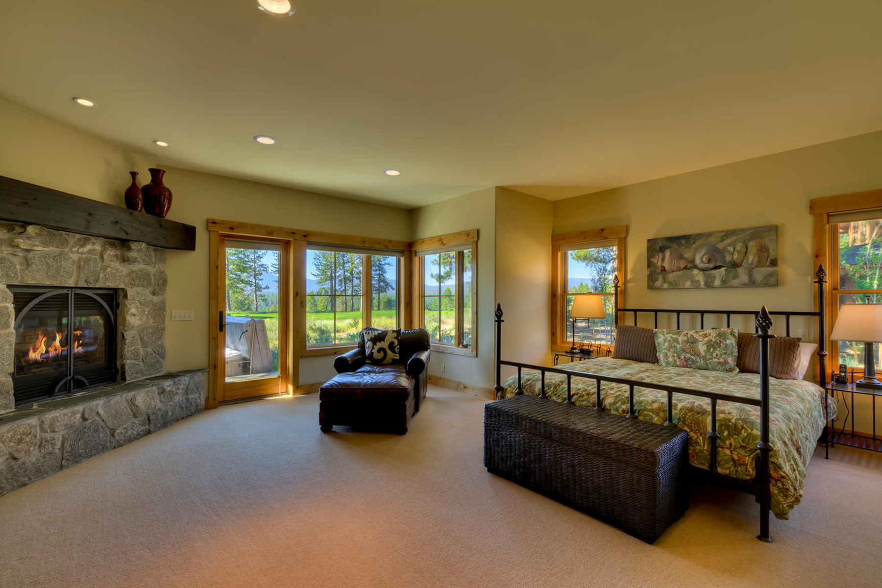 Additional photo for property listing at 13103 Lookout Loop  Truckee, California 96161 United States