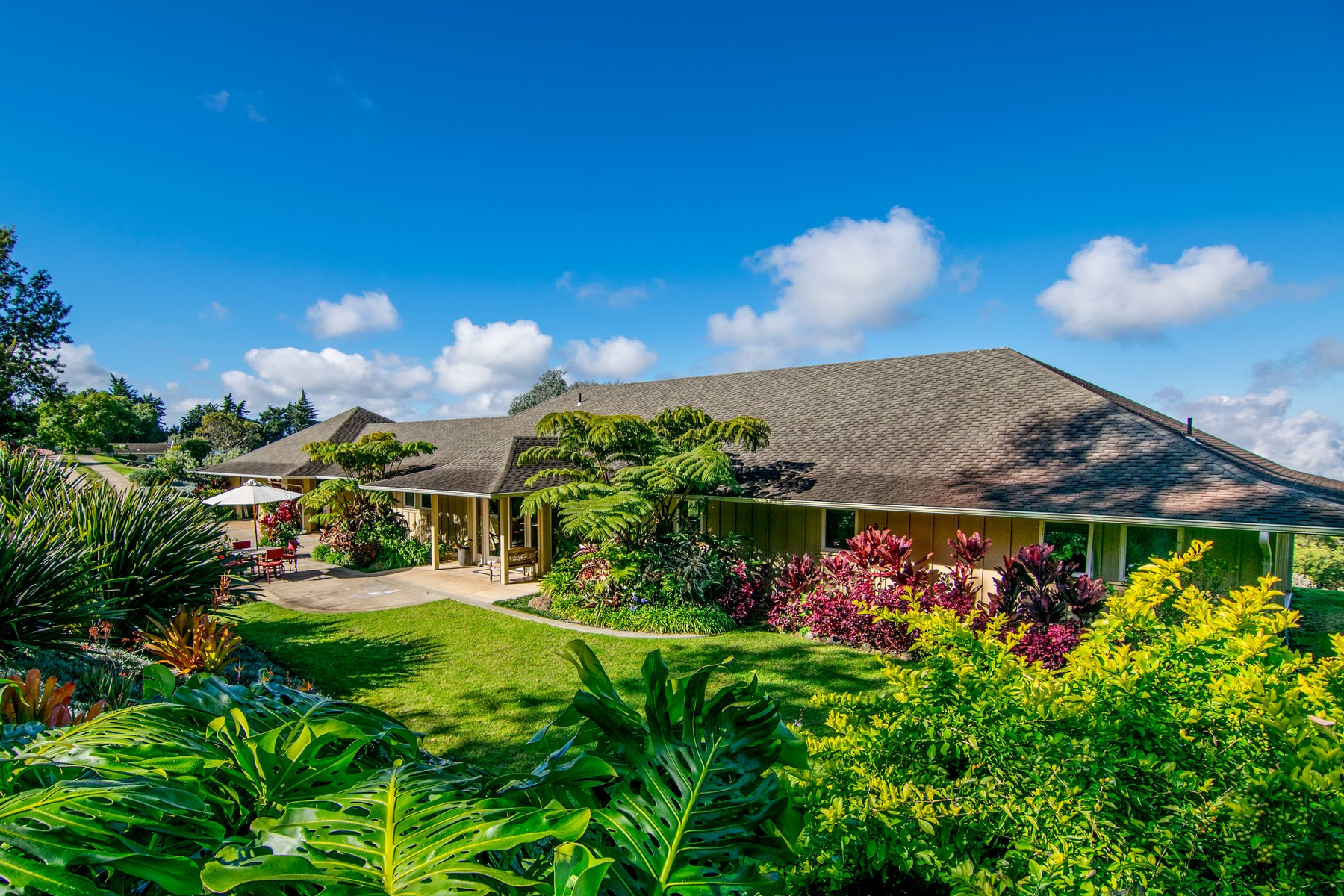 Casa Unifamiliar por un Venta en Live Among Kings In Pastoral Kula, Maui 1265 Pulehuiki Road Kula, Hawaii, 96790 Estados Unidos