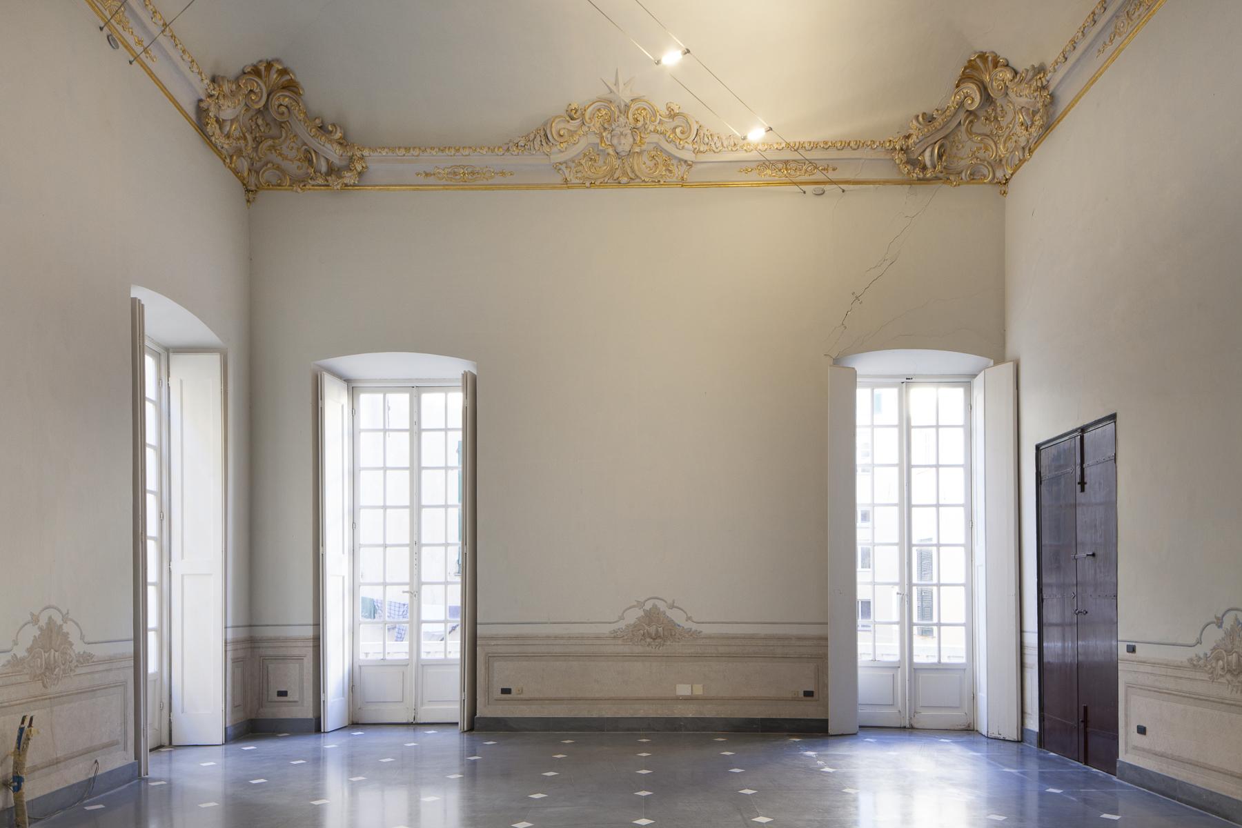 Additional photo for property listing at Highly representative apartment Piazza Ferretto Genoa, Genoa 16123 Italie