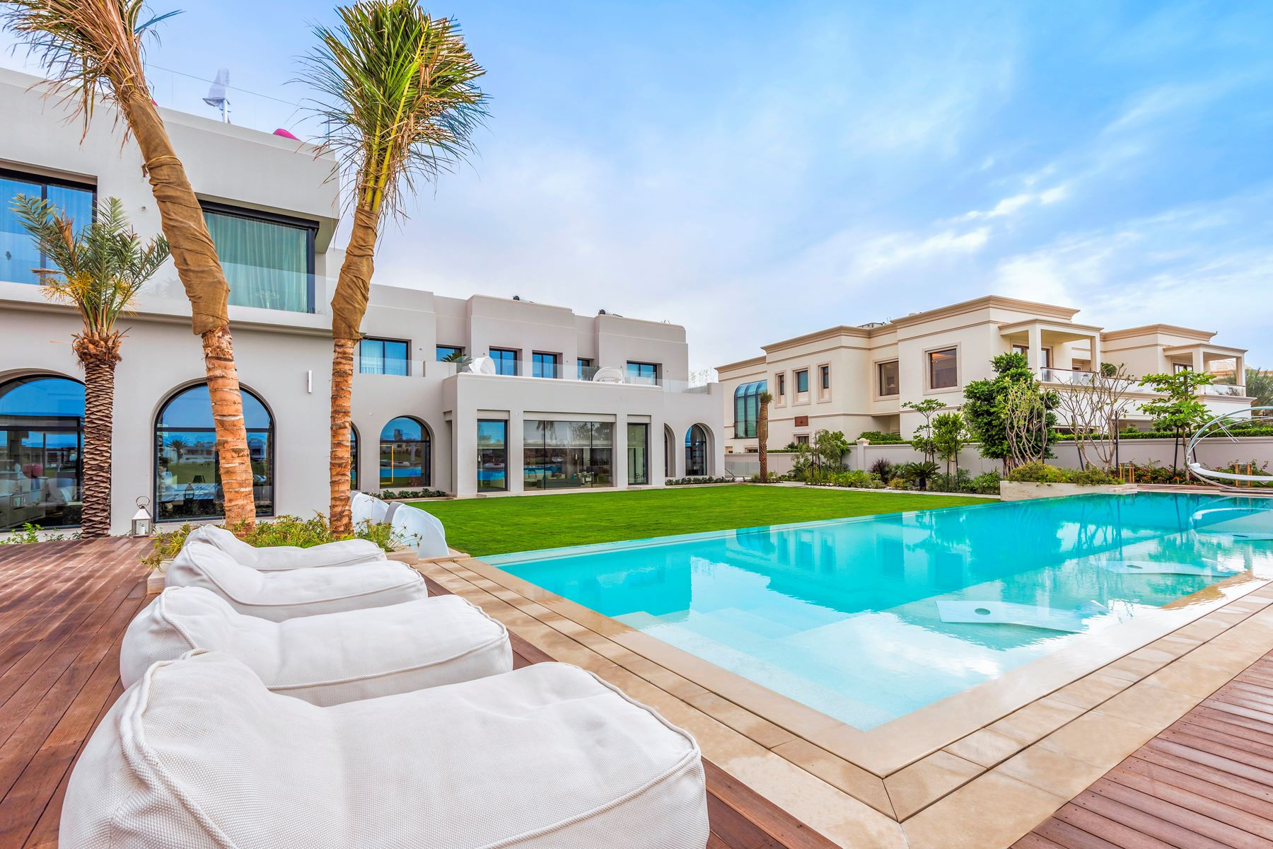 Multi-Family Home for Sale at Golf Course View - Emirates Hills Emirates Hills, Dubai, United Arab Emirates