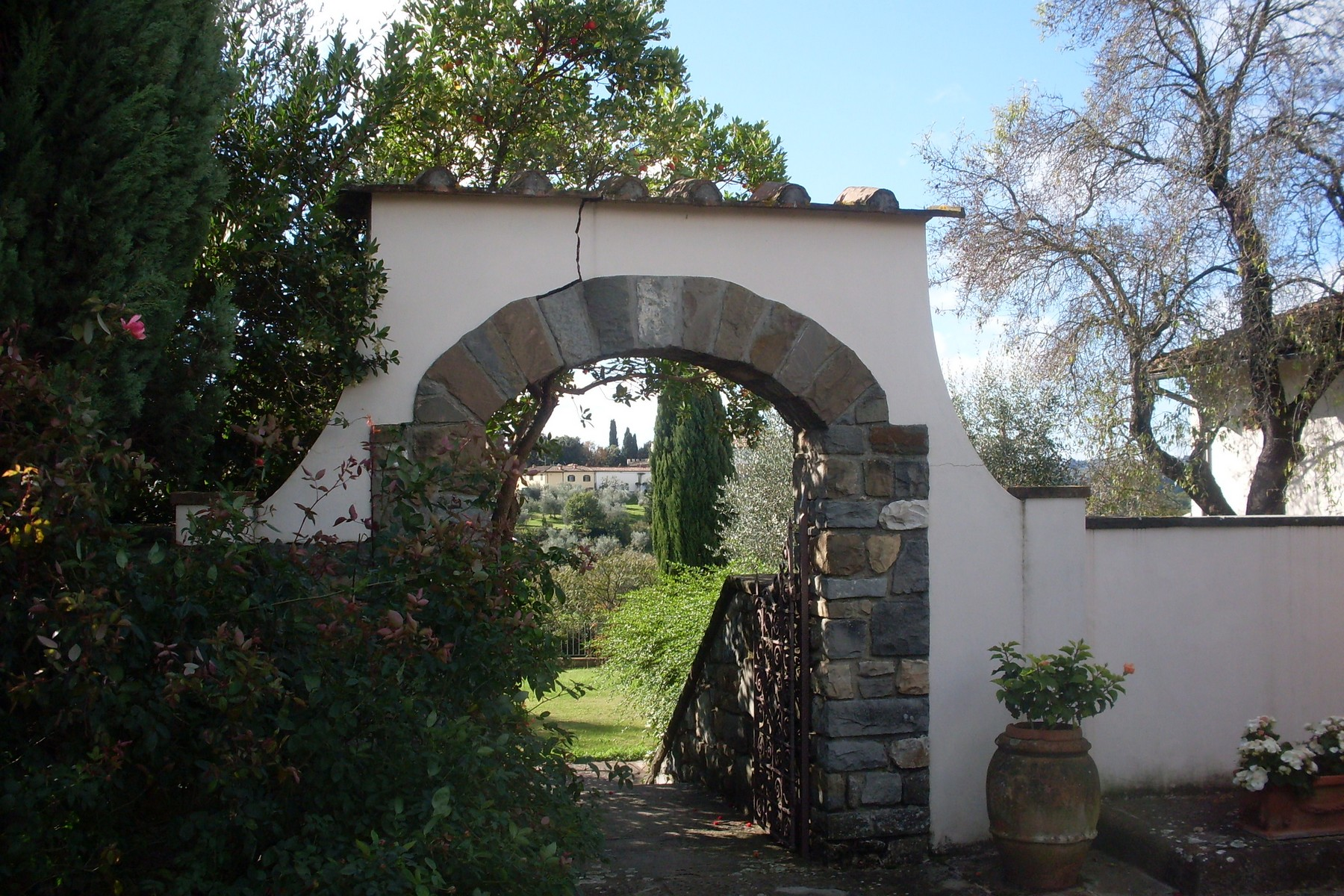 Additional photo for property listing at Property in the Tuscan countryside with lands Bagno a Ripoli Firenze, Florence 50013 Italie