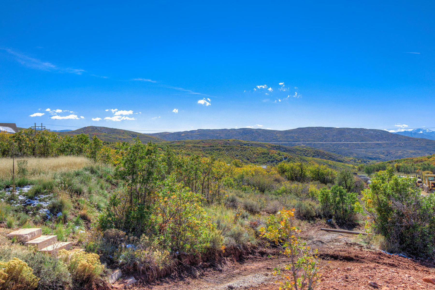 Additional photo for property listing at Views, Wildlife, Serenity and Accessibility, Hideout Canyon Has It All! 10496 N Forevermore Ct Lot#8 Hideout Canyon, Utah 84036 United States