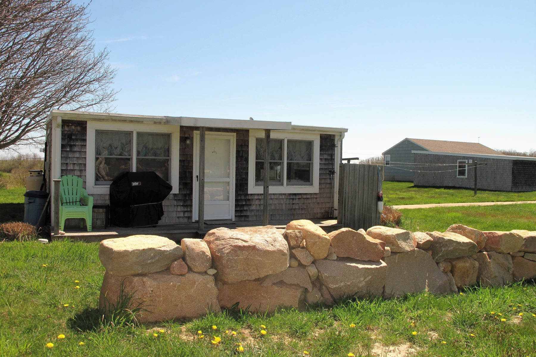 Additional photo for property listing at Mansion Beach Location 697 Corn Neck Road Block Island, Rhode Island RI United States