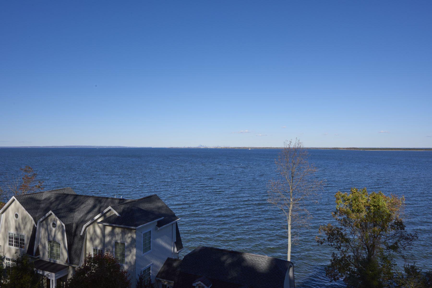 独户住宅 为 销售 在 Unique Waterview Colonial 87 Bayside Drive 大西洋高地, 新泽西州 07716 美国