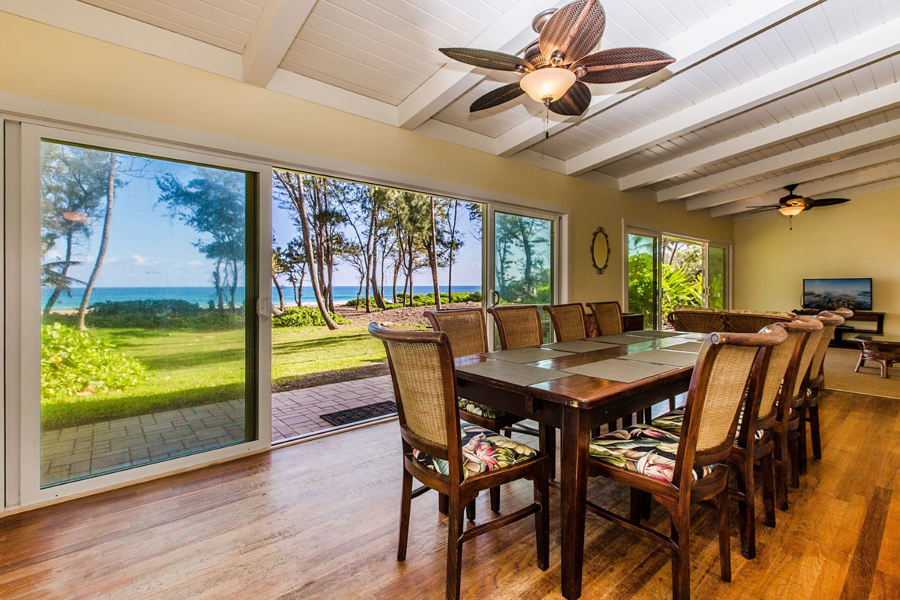 Single Family Home for Rent at Anahola Beach House 4274 Poha Road Anahola Beach House Anahola, Hawaii 96703 United States