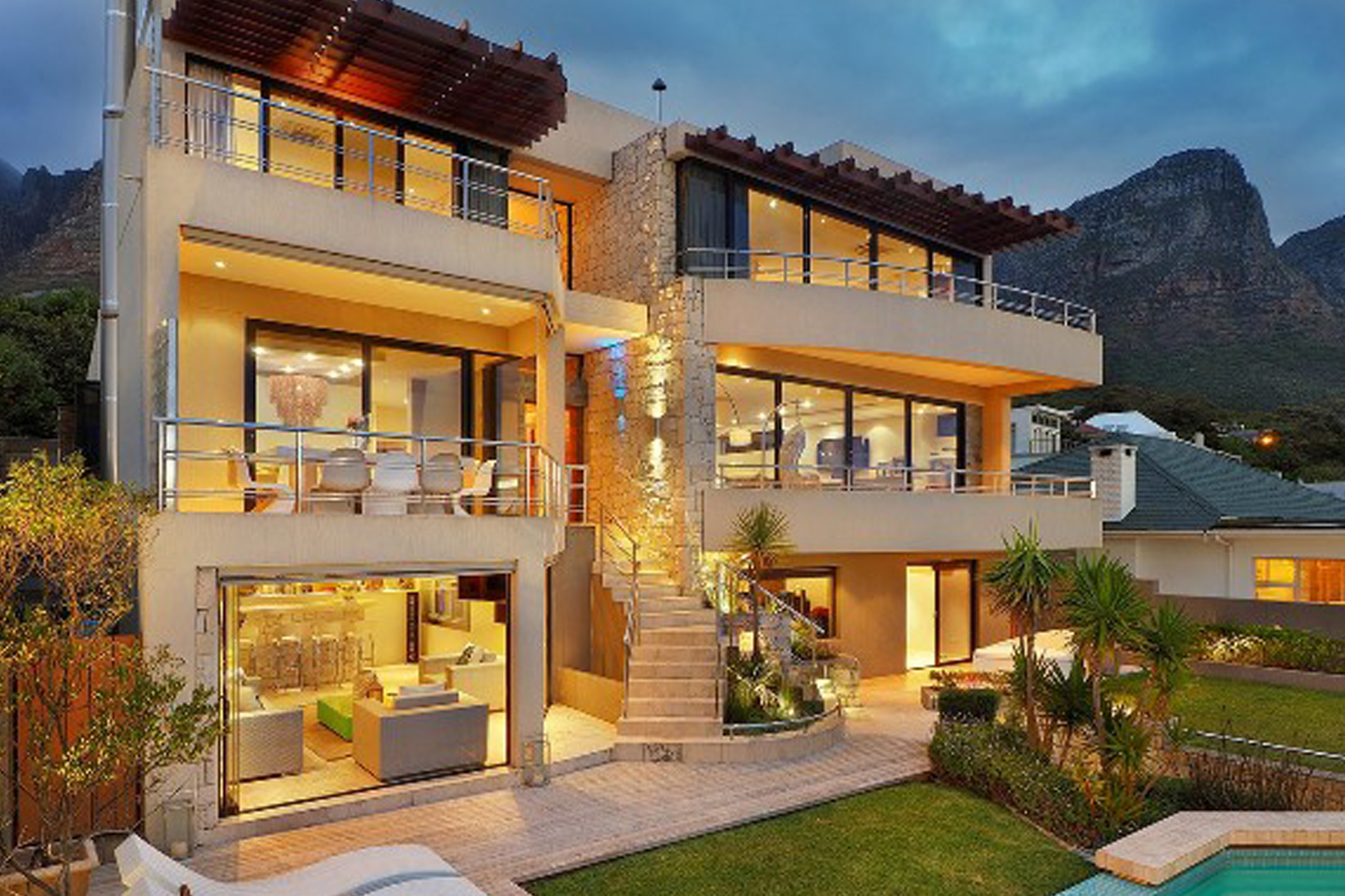 Single Family Home for Sale at Camps Bay Cape Town, Western Cape, 8005 South Africa