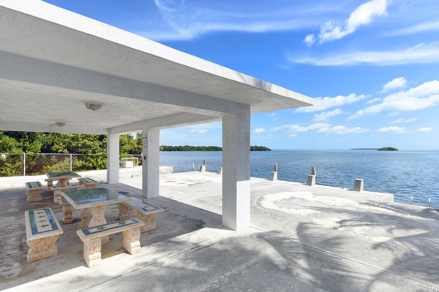 Additional photo for property listing at Sweeping Ocean Views 208 Plantation Shores Drive Islamorada, フロリダ 33070 アメリカ合衆国