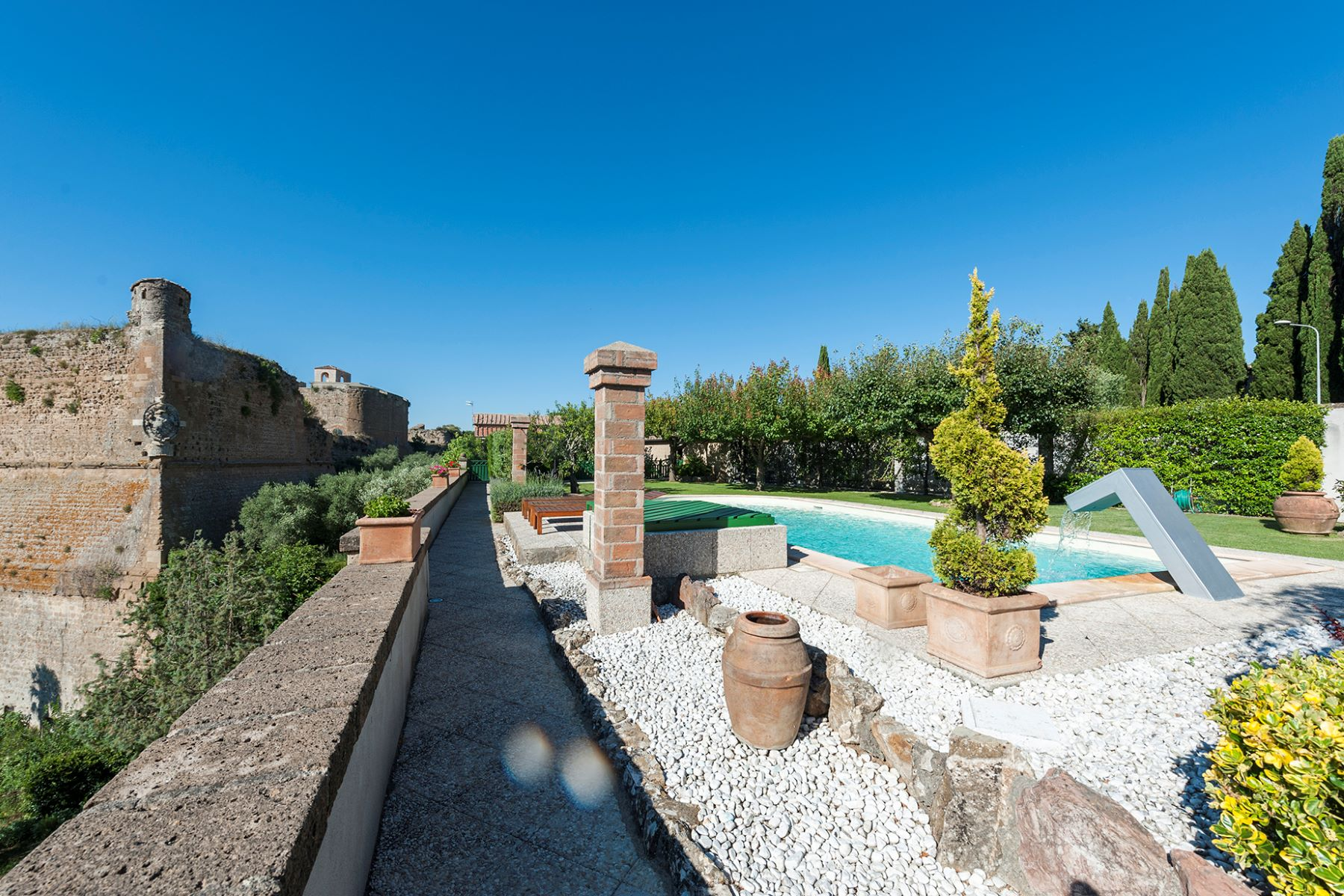 Additional photo for property listing at Elegant residence in the lower tuscan Maremma Sorano, Grosseto Italie
