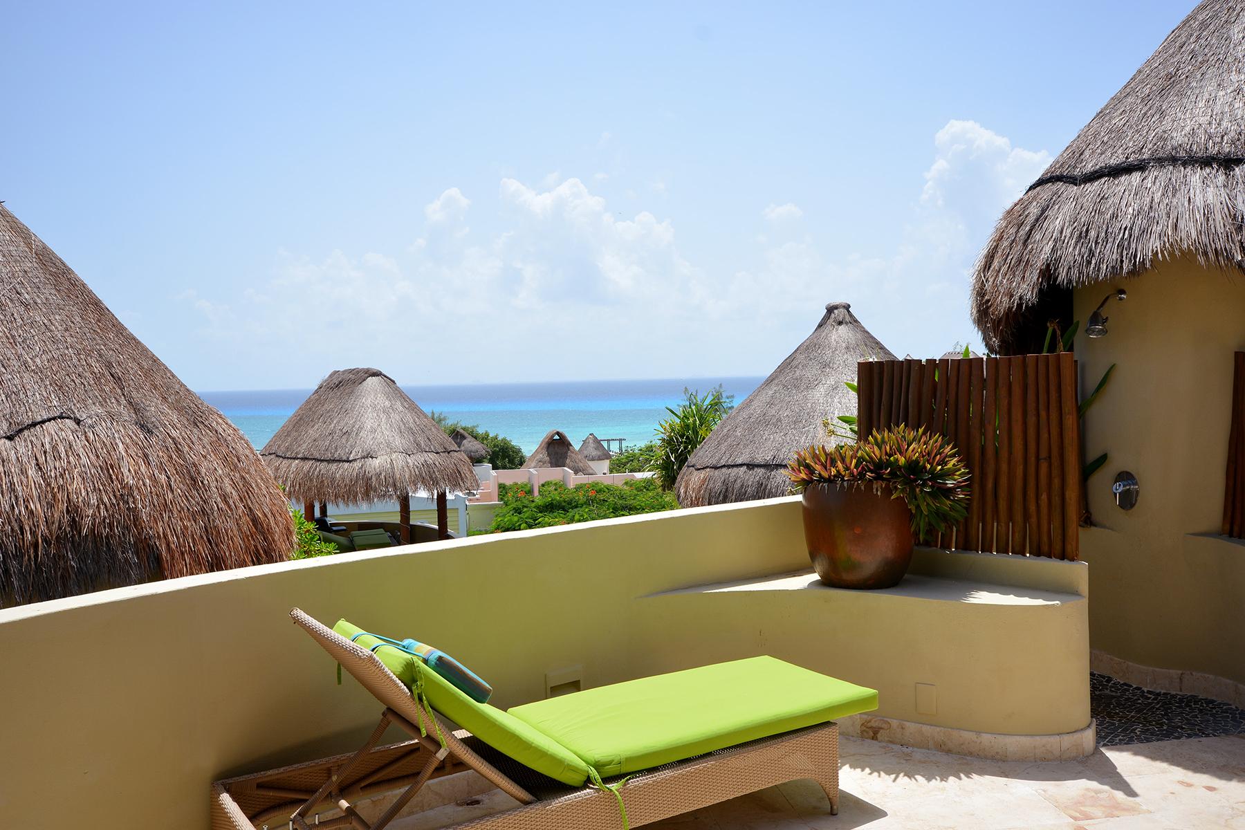 Condominium for Sale at STUNNING MAYA VILLA PH Maya Villa Condominium 1st Ave. North, between 12 North & 16 North Streets Playa Del Carmen, Quintana Roo, 77710 Mexico