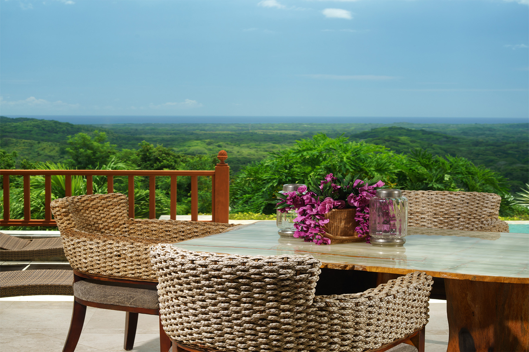 Additional photo for property listing at Casa Bali Sueños Tamarindo, Guanacaste Costa Rica