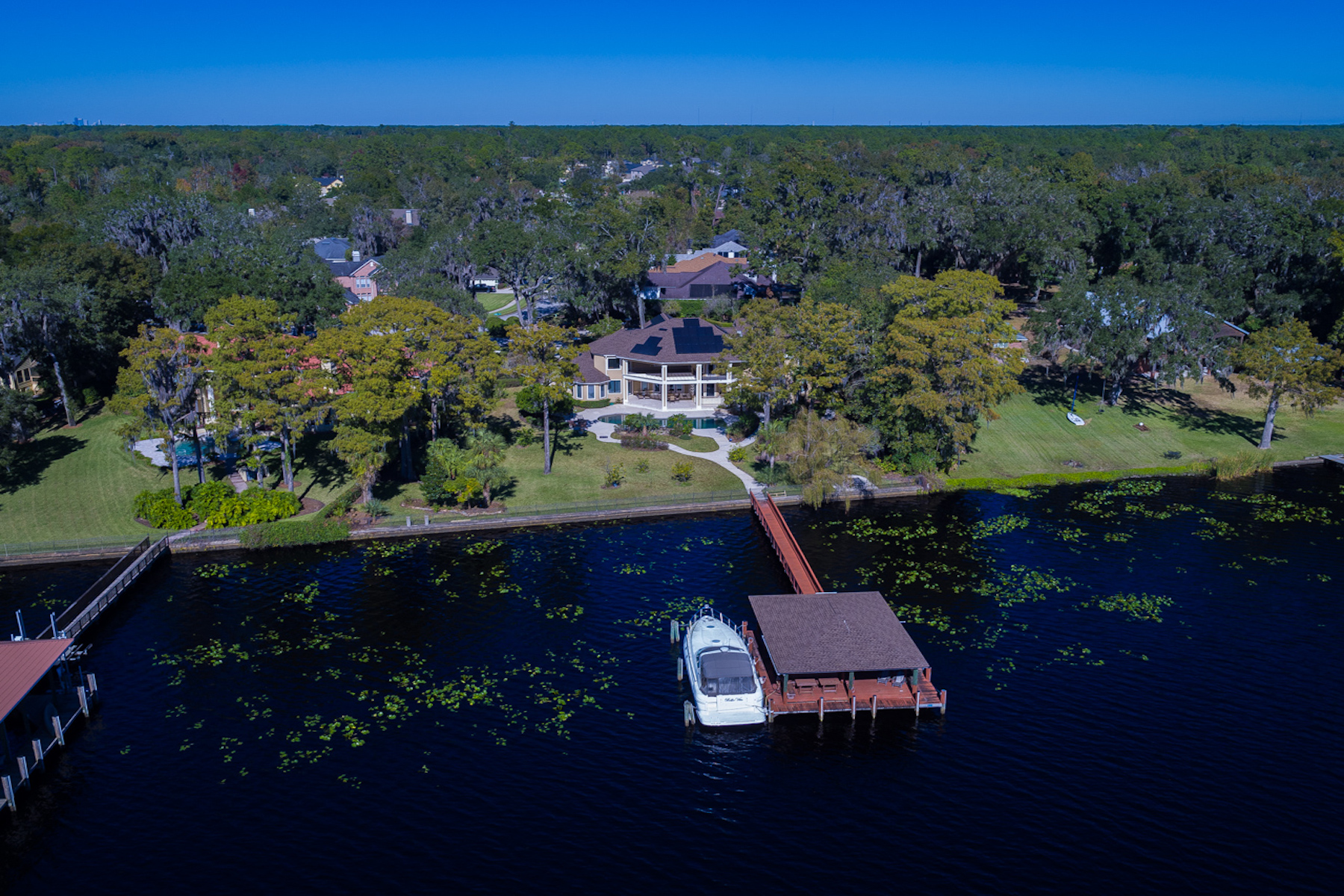 Maison unifamiliale pour l Vente à 12799 Camelia Bay 12799 Camellia Bay Drive East Jacksonville, Florida, 32223 États-Unis