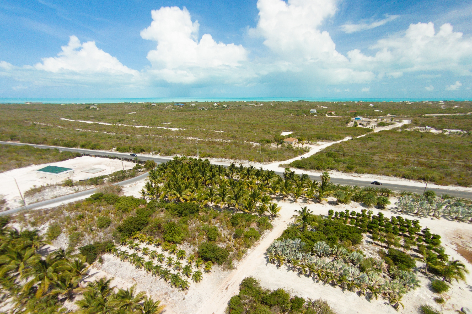 Additional photo for property listing at Large Parcel on Leeward Highway Grace Bay, Providenciales Îles Turques Et Caïques
