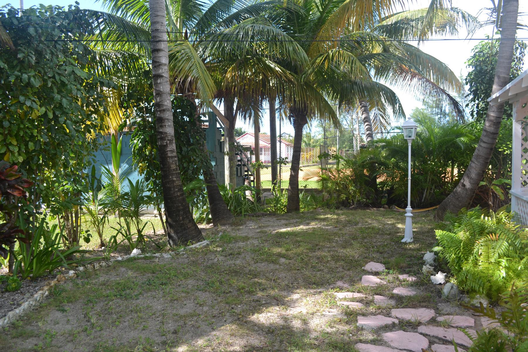 Additional photo for property listing at Rose Cottage Spanish Wells, Eleuthera Bahamas