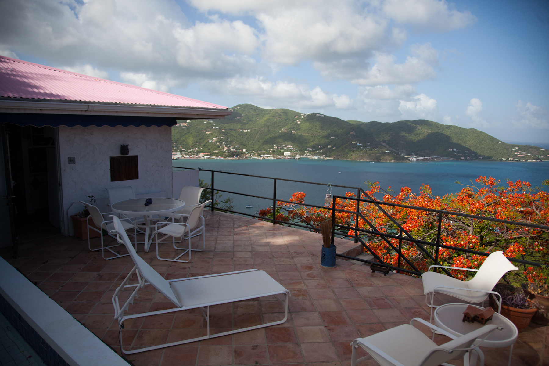 Additional photo for property listing at Sunrise Villa Road Town, Tortola Ilhas Virgens Britânicas