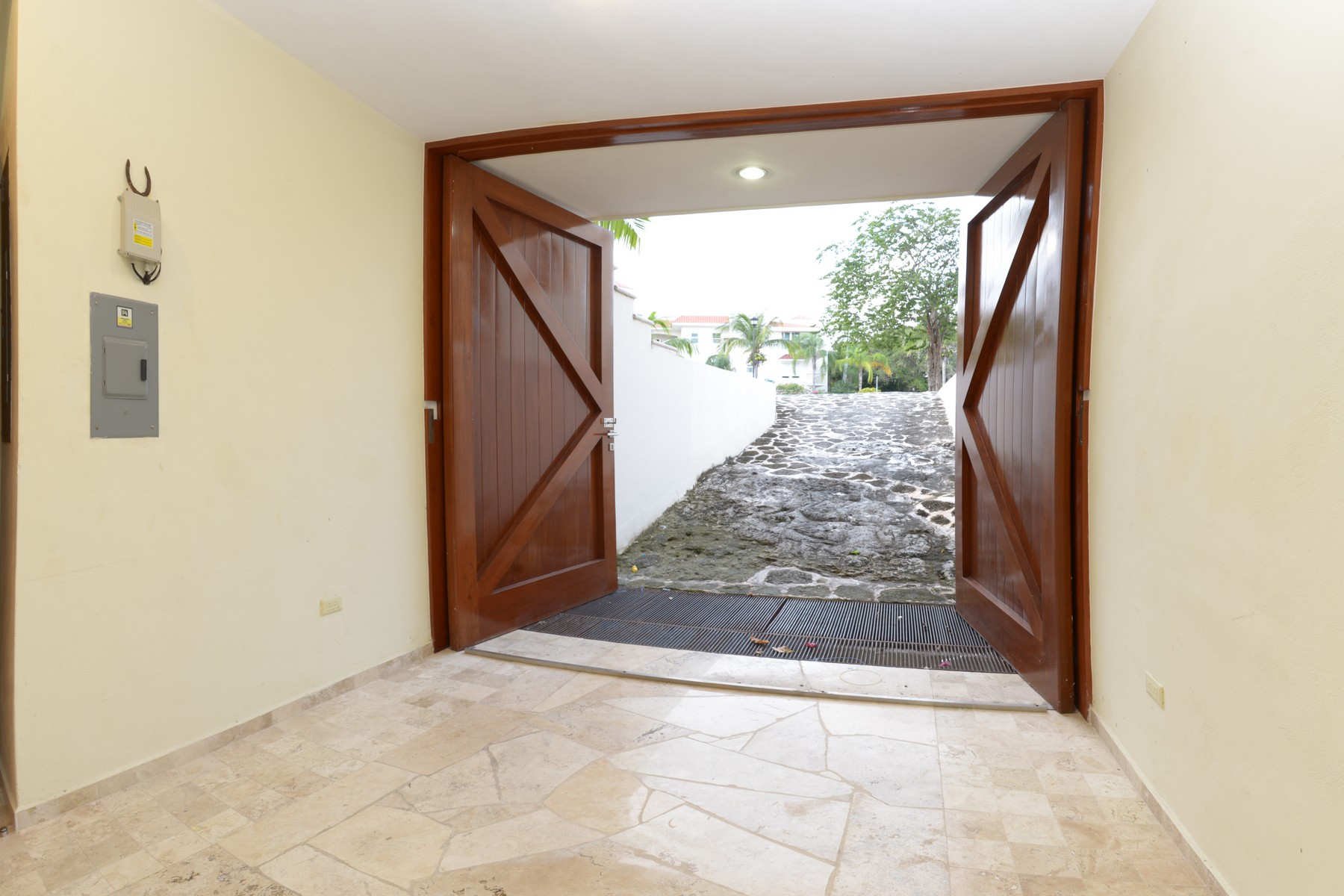 Additional photo for property listing at CASA  ROMA Retorno Xaman-Ha, Lol-Ha Ac Playacar Fase II Playa Del Carmen, Quintana Roo 77710 México