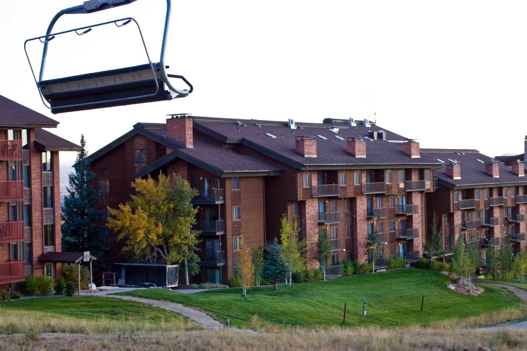 Copropriété pour l Vente à Bear Claw 615 2420 Ski Trail Lane #615 Steamboat Springs, Colorado, 80487 États-Unis
