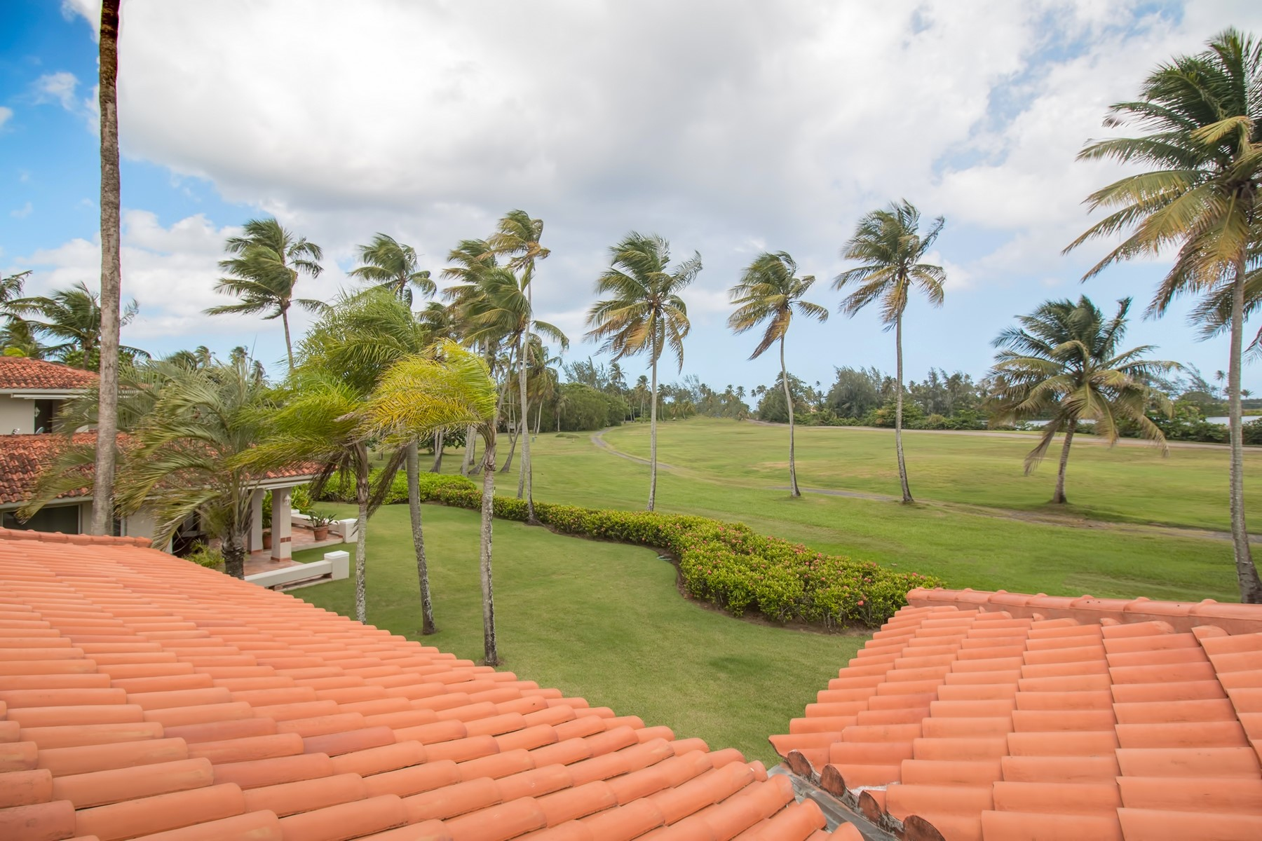 Additional photo for property listing at Mediterranean Villa at The Greens 3 Green Villas Drive Dorado Beach, Puerto Rico 00646 Puerto Rico